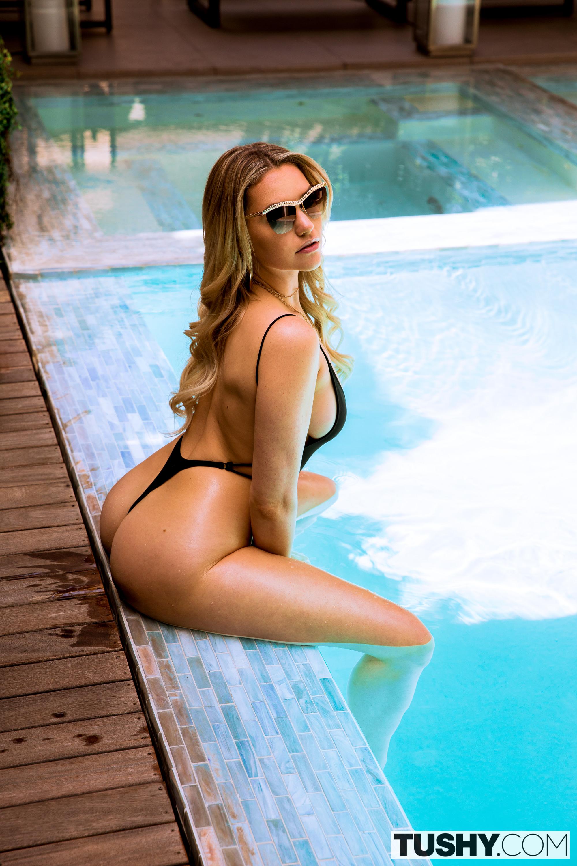 Mia Malkova Porn Videos