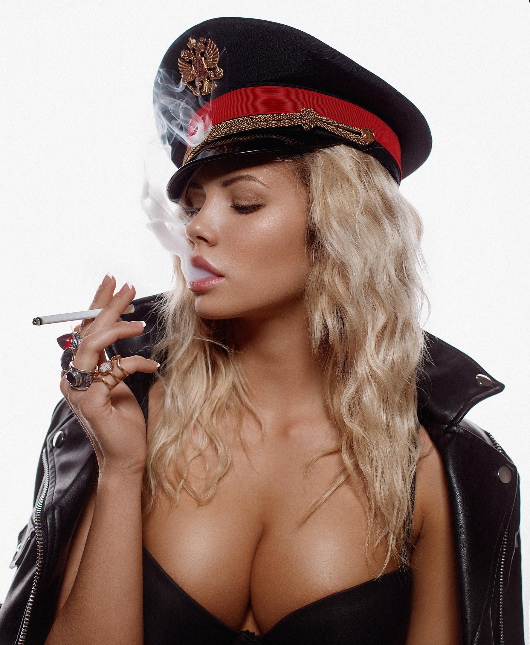 Hot fajčenie čierna zrelé lesbické videá