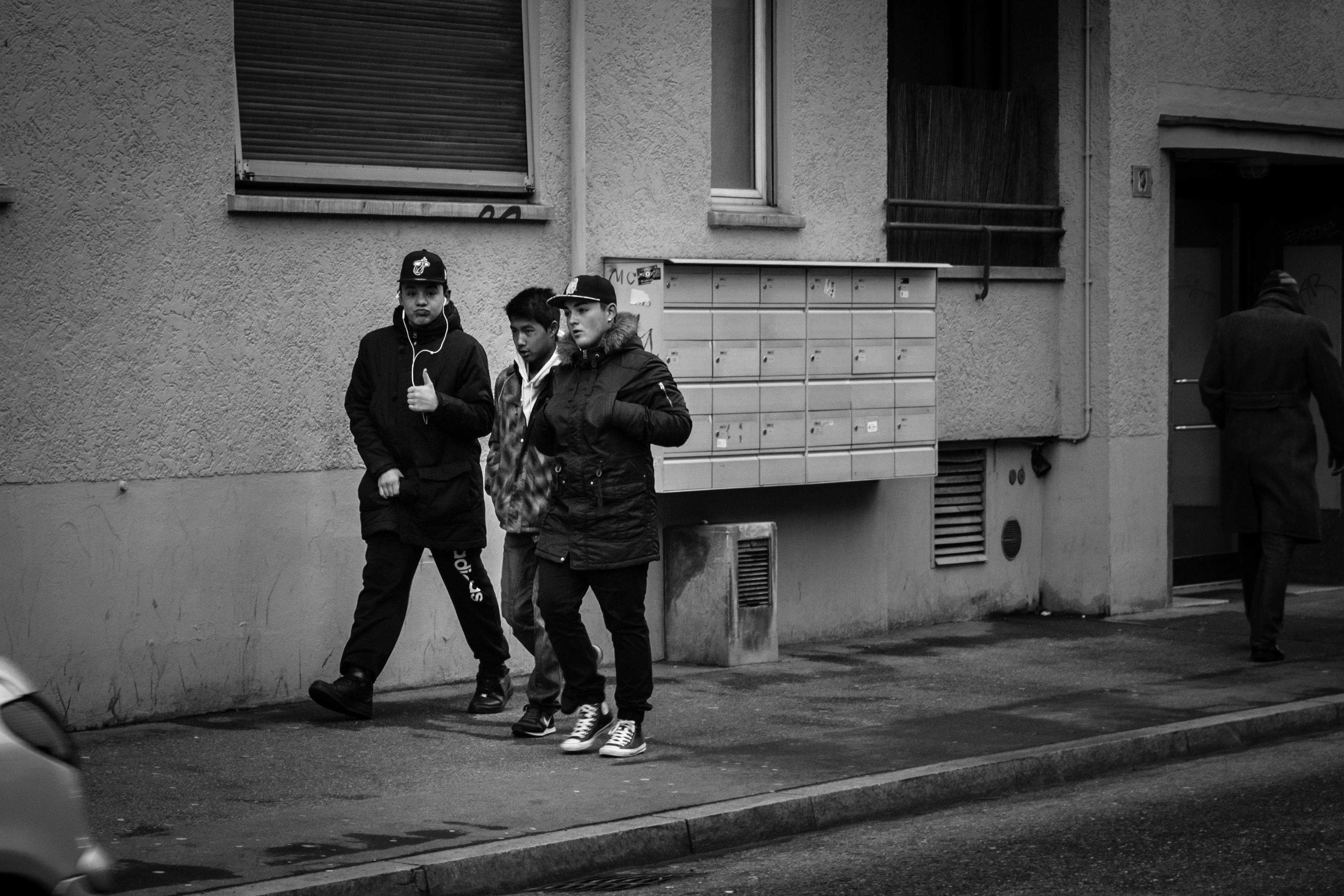 Fond D Ecran Nike Monochrome Fenetre Ville Rue