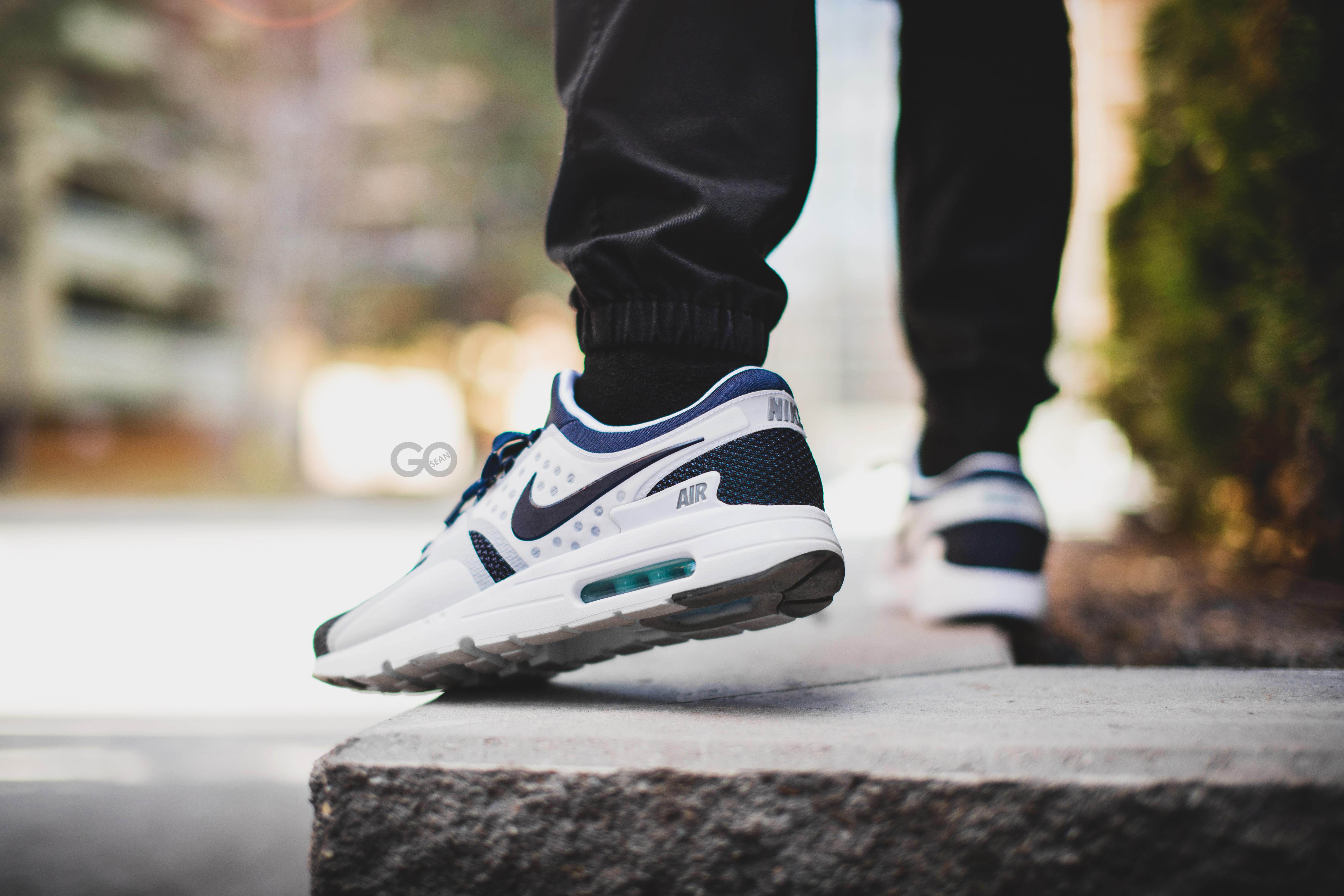 Fond d'écran : Nike, blanc, la photographie, ISS, chaussures