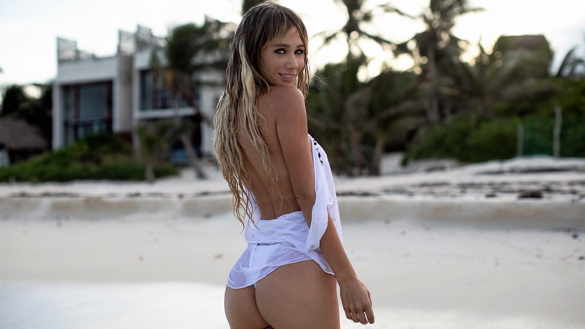 Fondos De Pantalla Sara Jean Underwood Rubia Playa Ojos