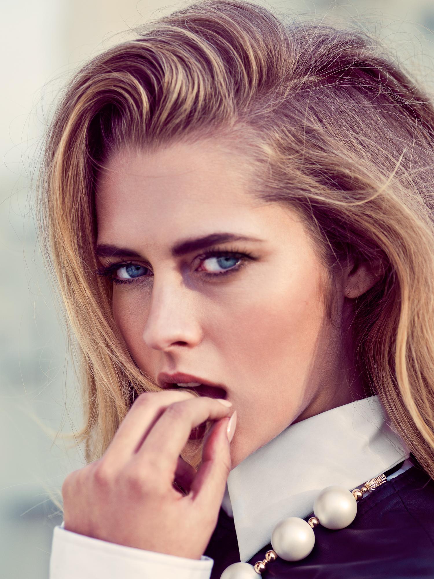 Fondos De Pantalla Teresa Palmer Rubia Ojos Azules