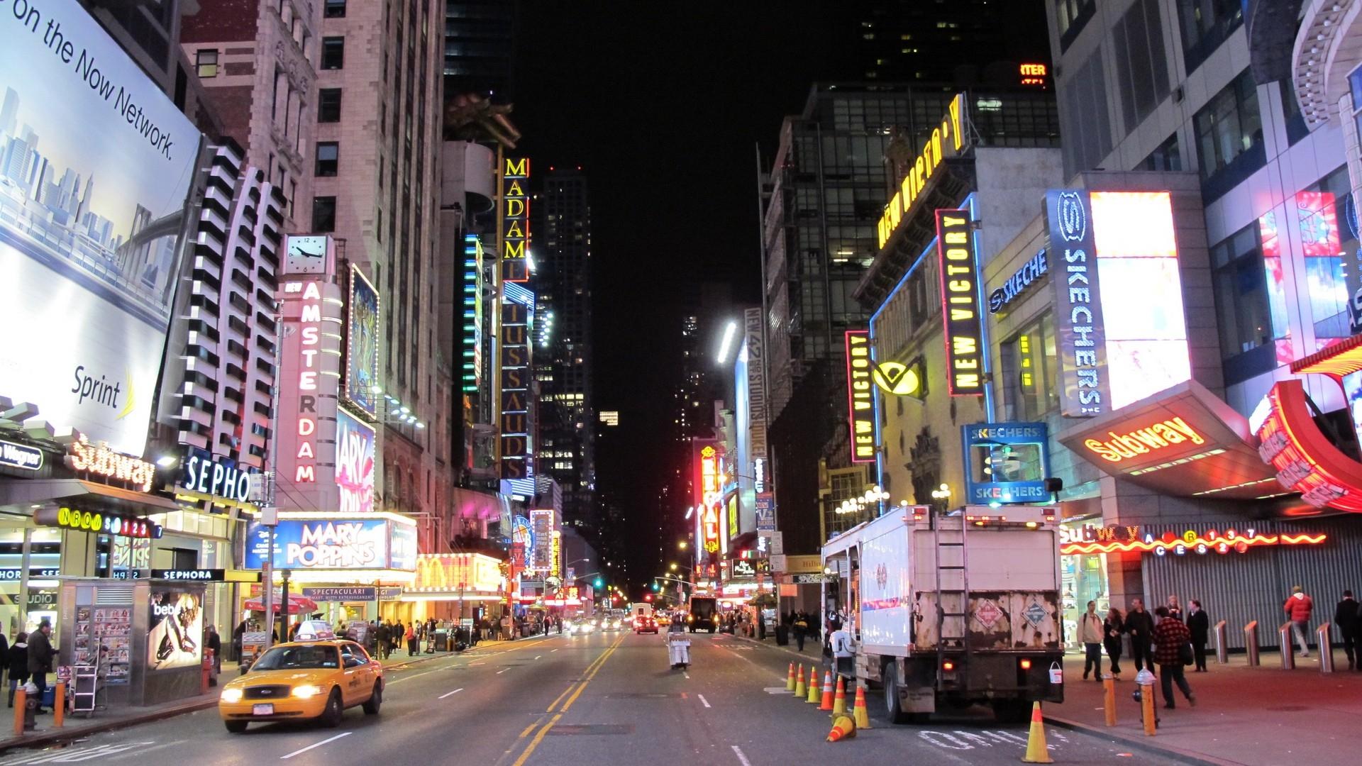 USA New York Skyscrapers Lights City Road