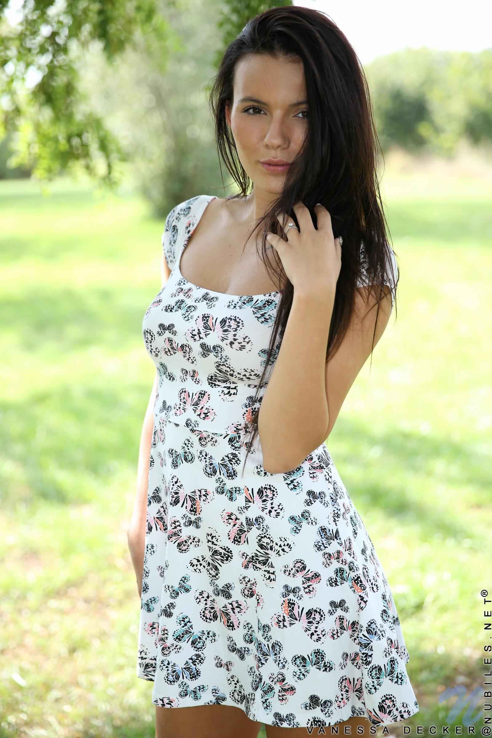 Vanessa Decker Hd