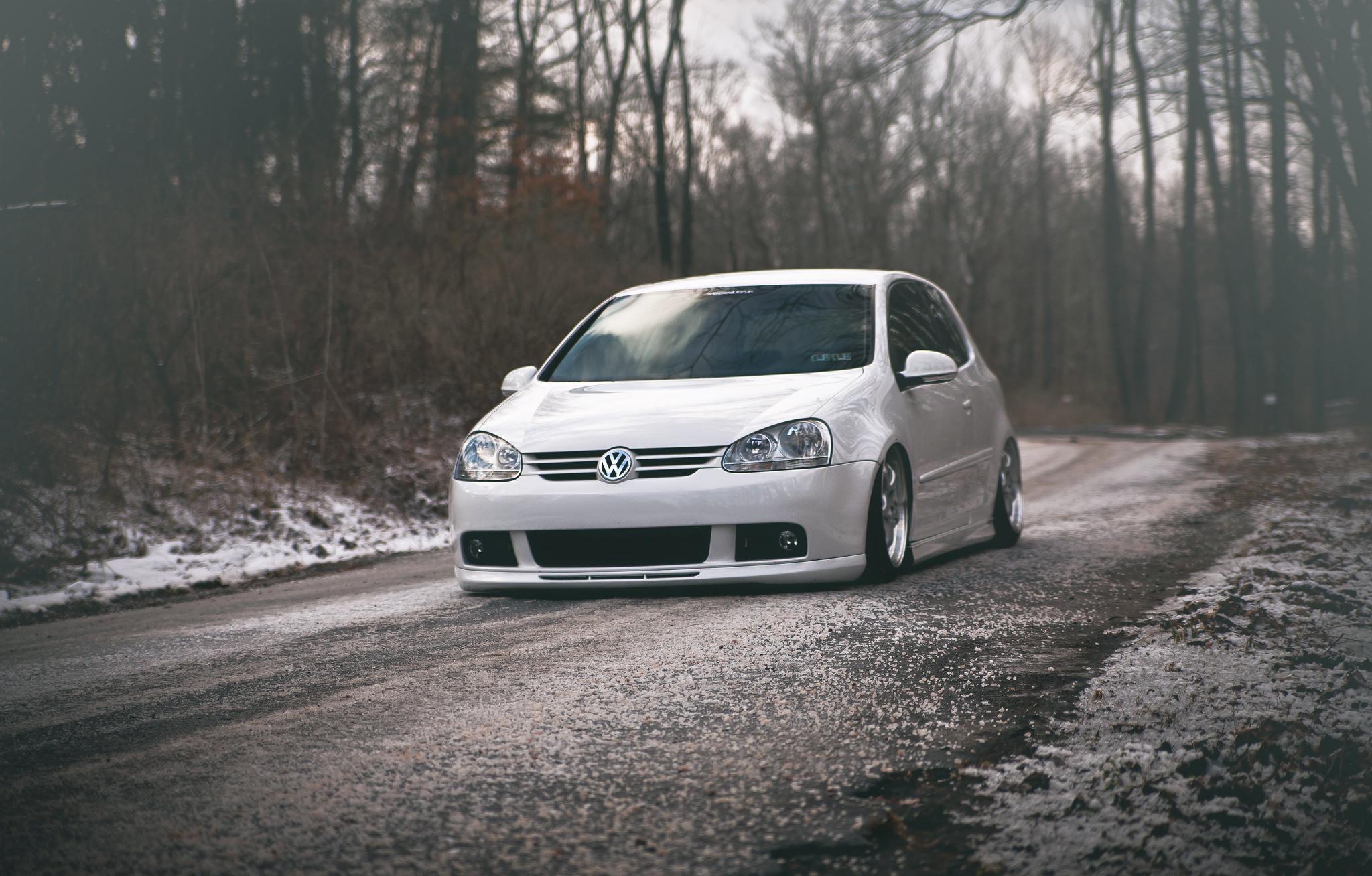 Wallpaper Volkswagen Golf Gti Tuning White 2048x1308