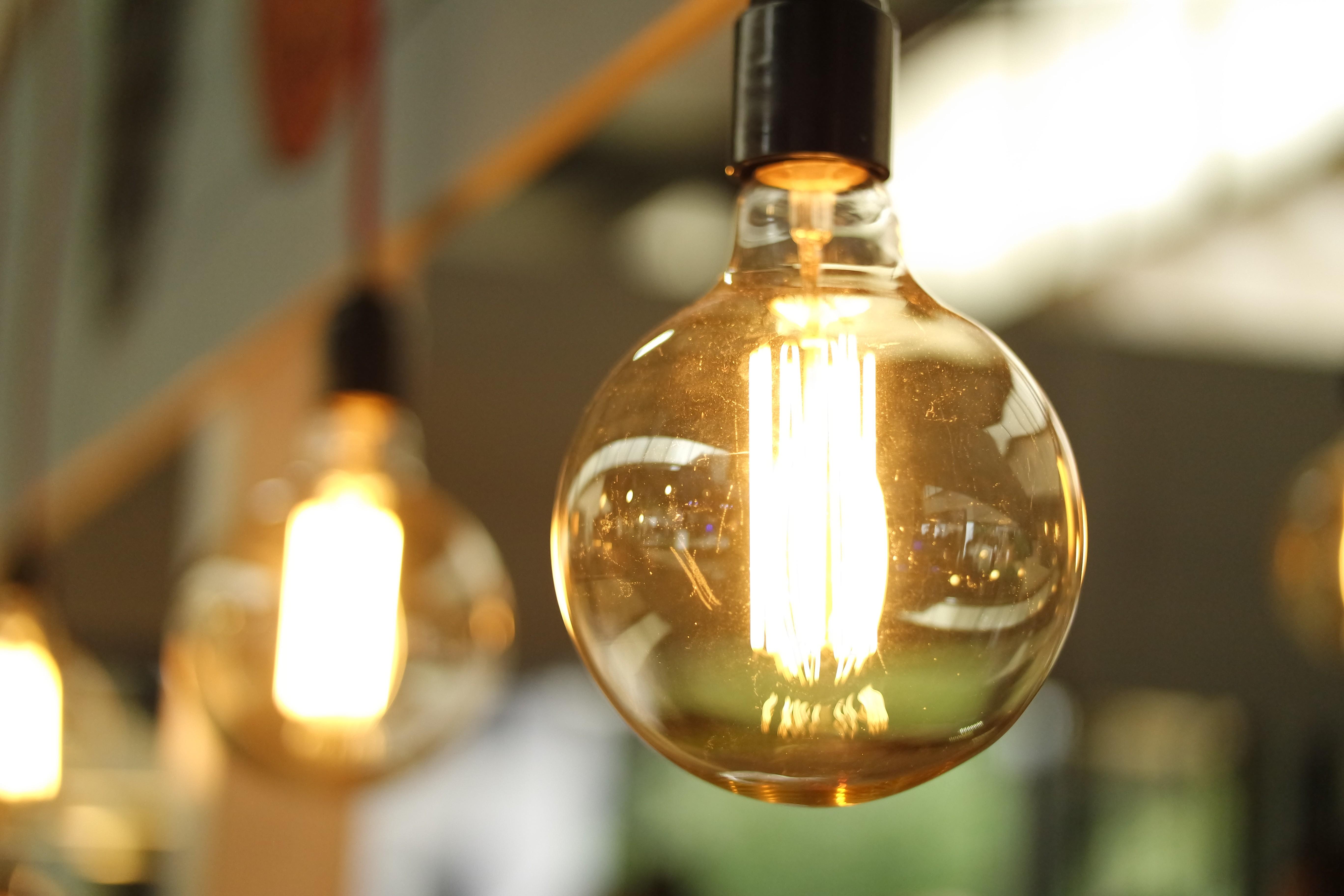 Lampadari Con Bottiglie Di Vetro sfondi : astratto, bicchiere, lampada, ottone, lampadario