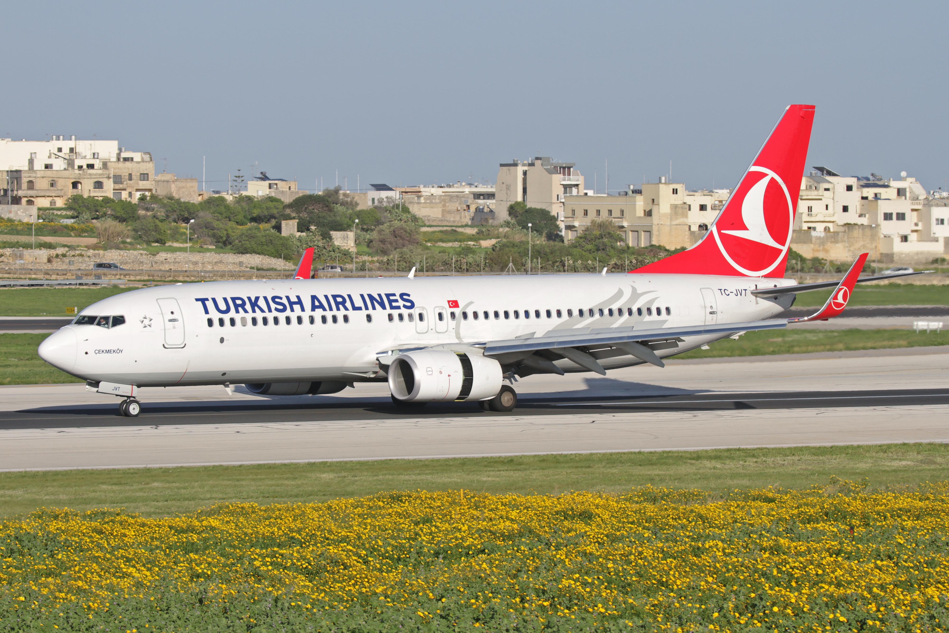 картинки самолеты турецкие авиалинии вызывает