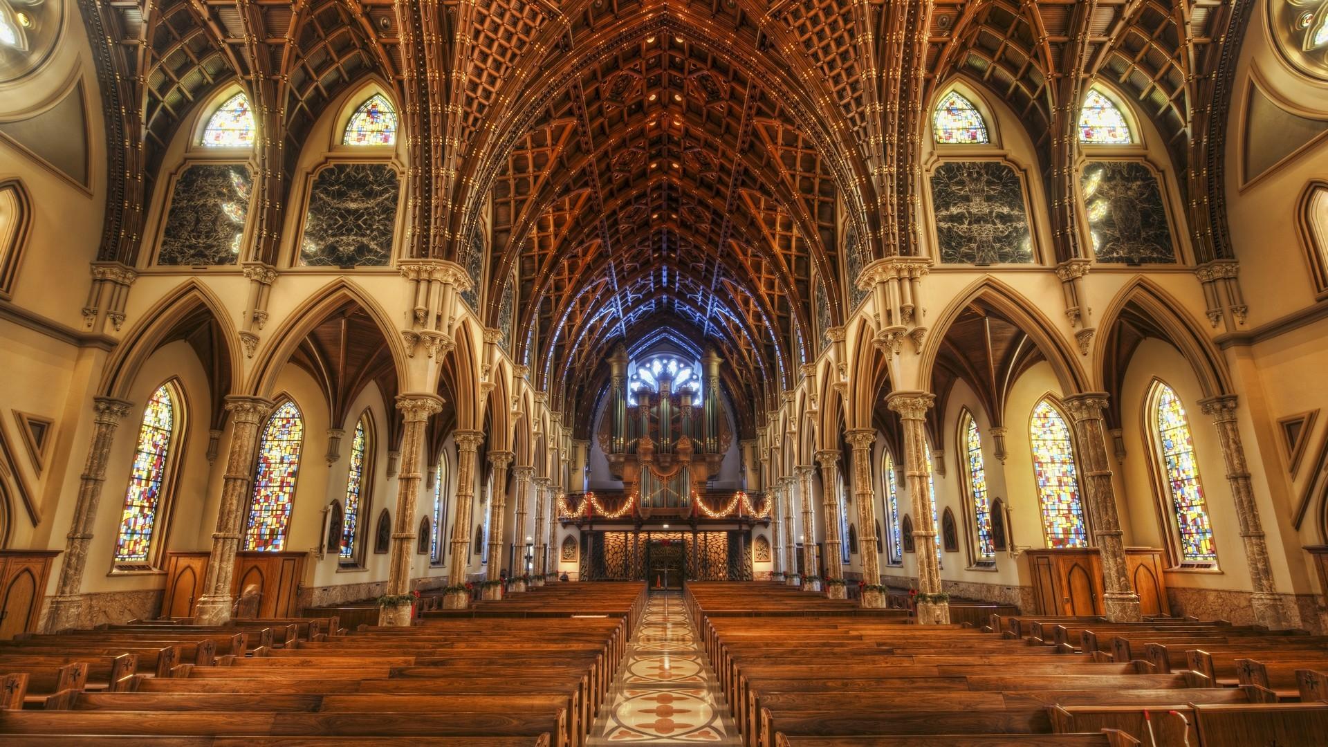 Sfondi costruzione simmetria in casa hdr chiesa for Casa di architettura gotica