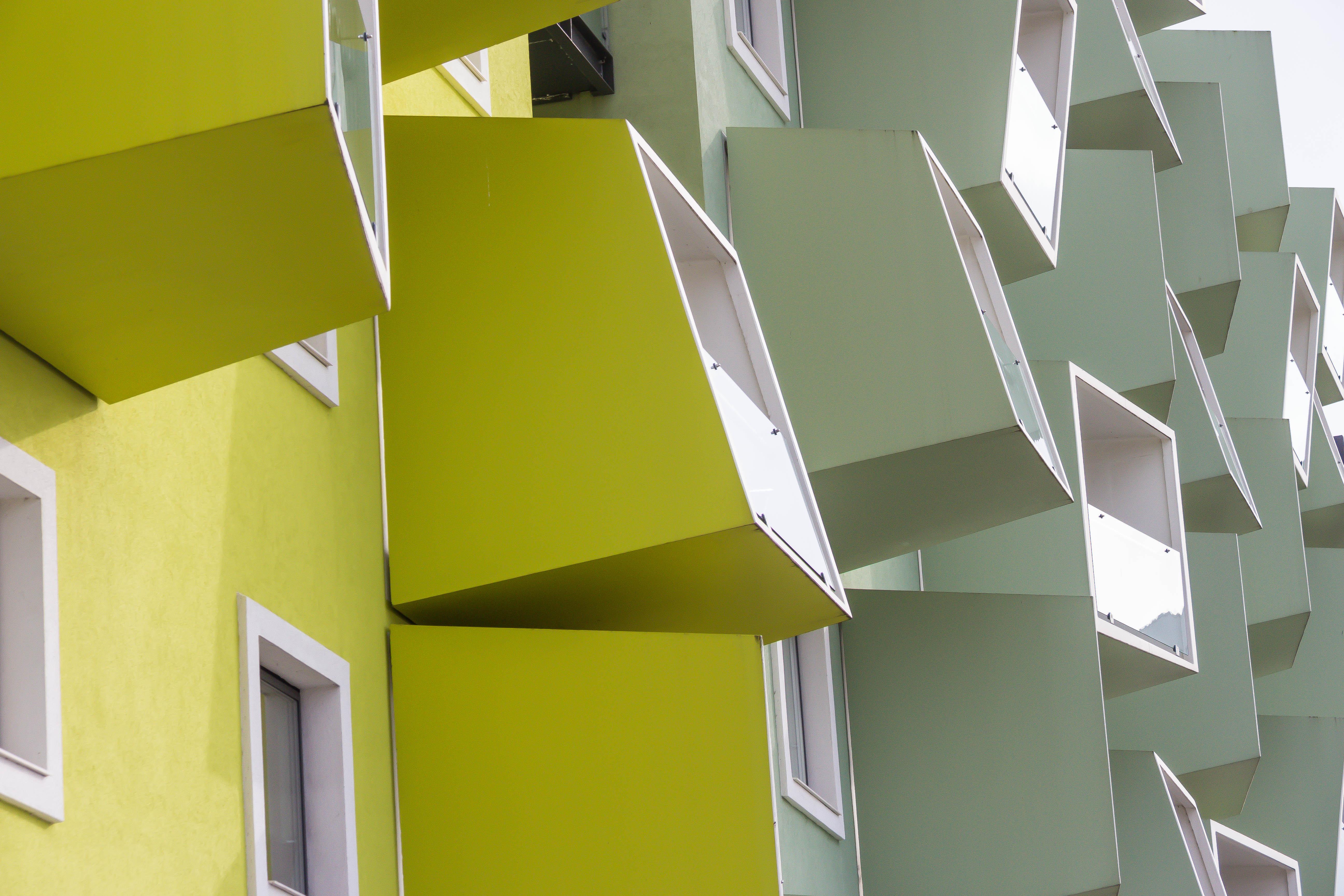 Baggrunde : arkitektur, bygning, væg, gul, glas, altan, Indretning ...
