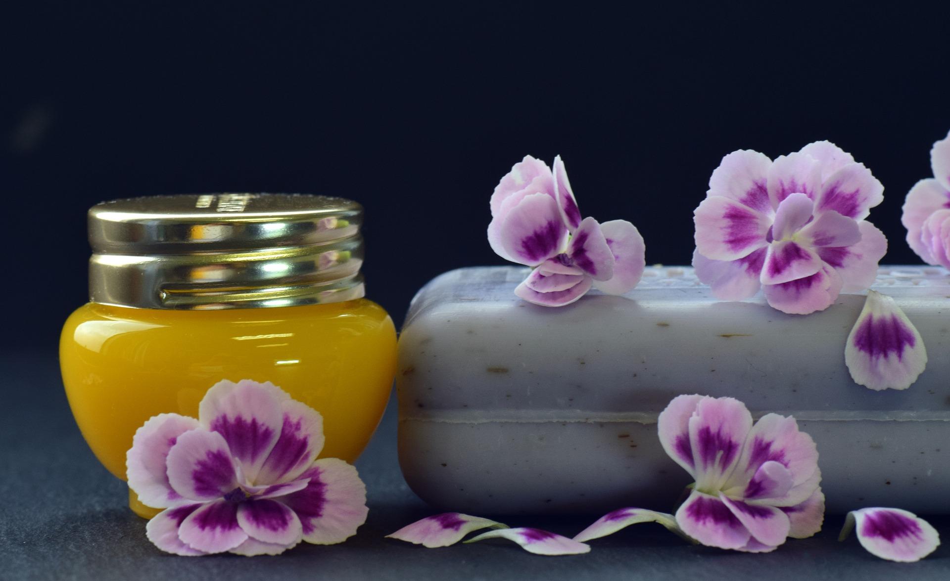 Wallpaper Aromatherapy Background Flower Perfume Treatment 1920x1175 Nextsummer 1678349 Hd Wallpapers Wallhere