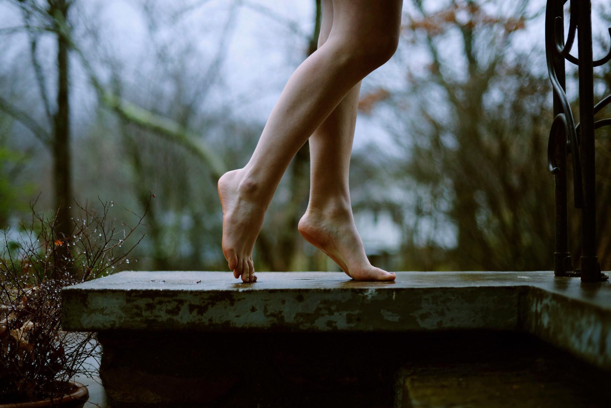 босые ноги девушек все