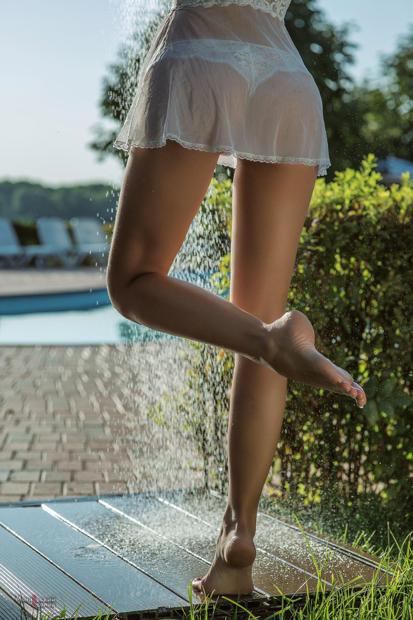 Супер ножки вид сзади #15