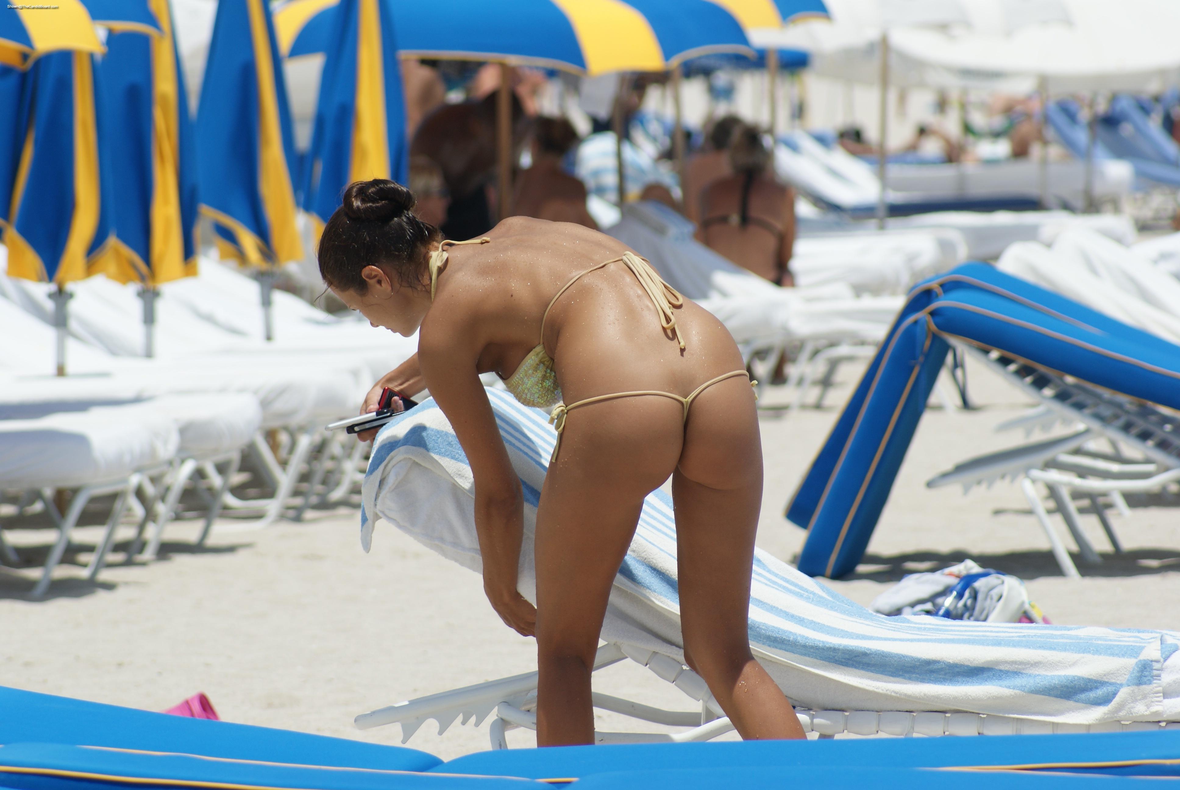 String bikini public