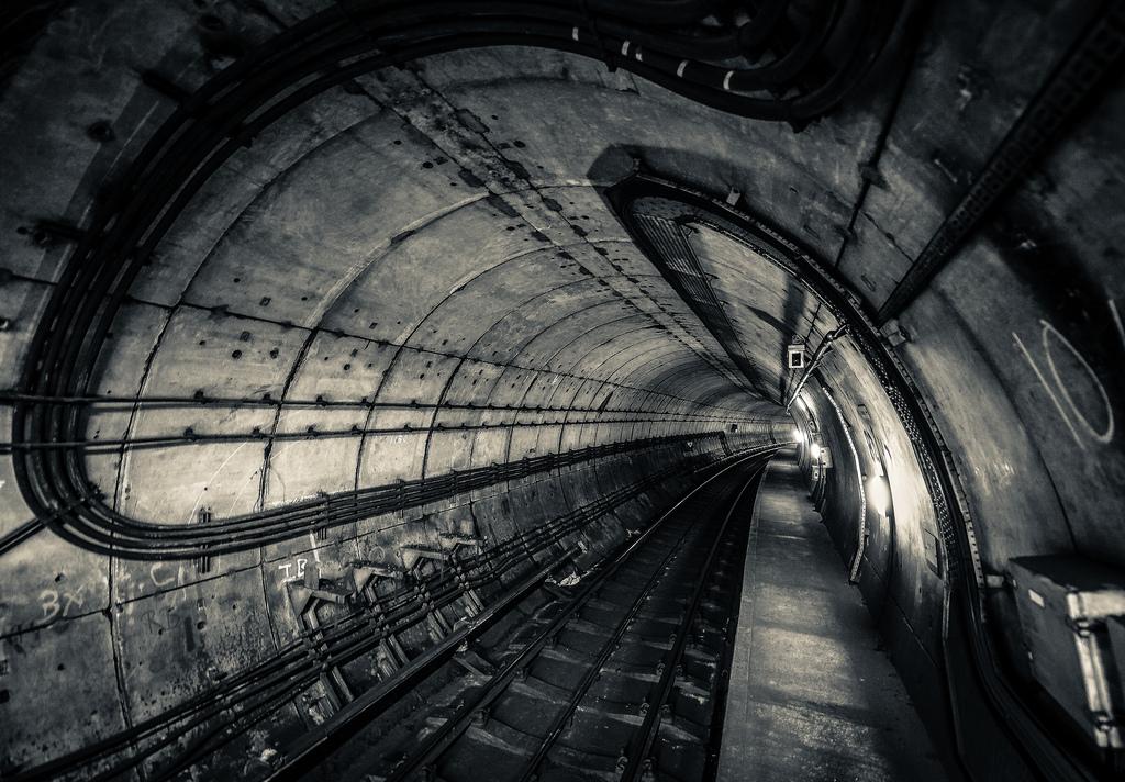 оленёнок безопасных темные туннели картинки все запутано