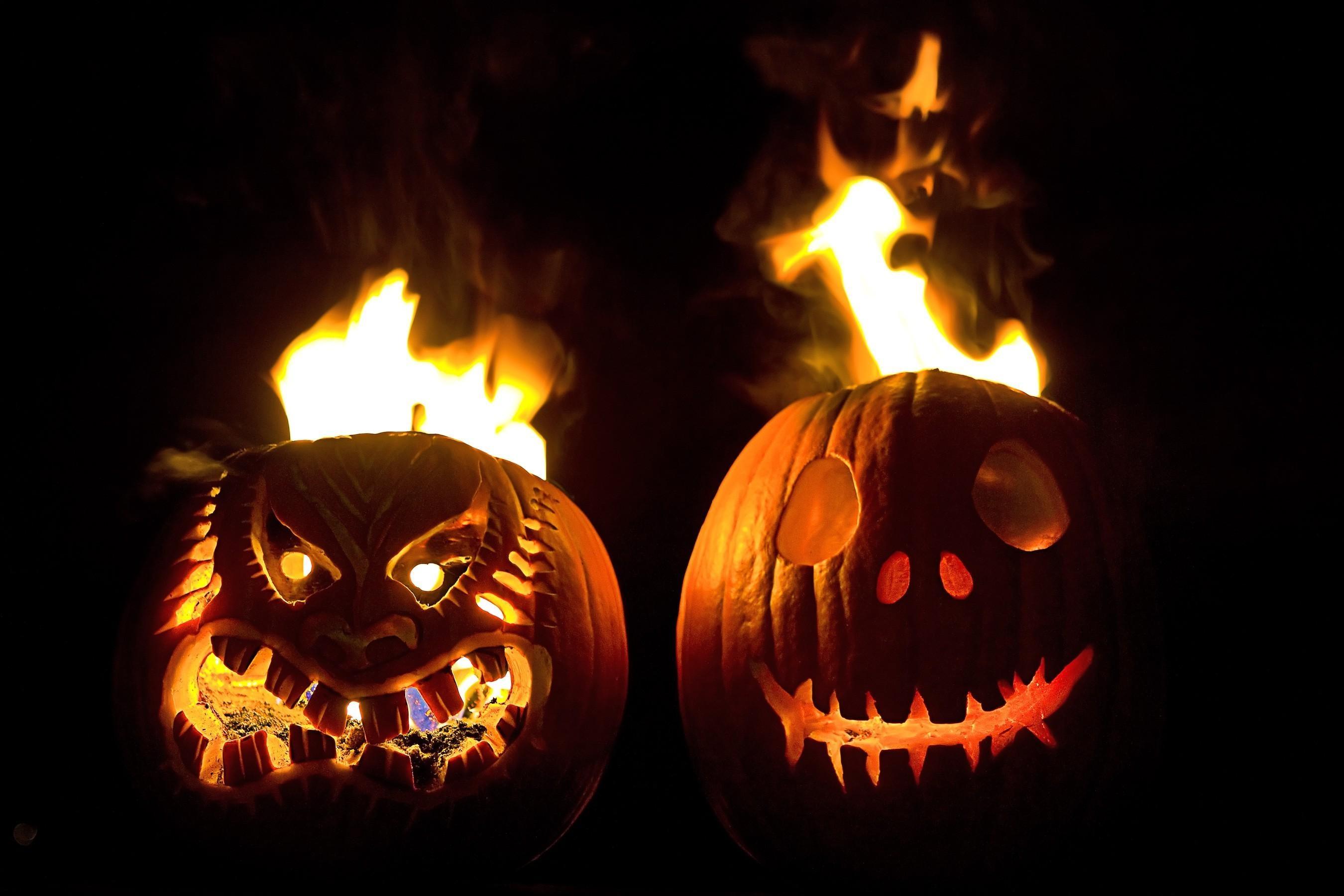 wallpaper : black background, halloween, pumpkin, fire, holiday