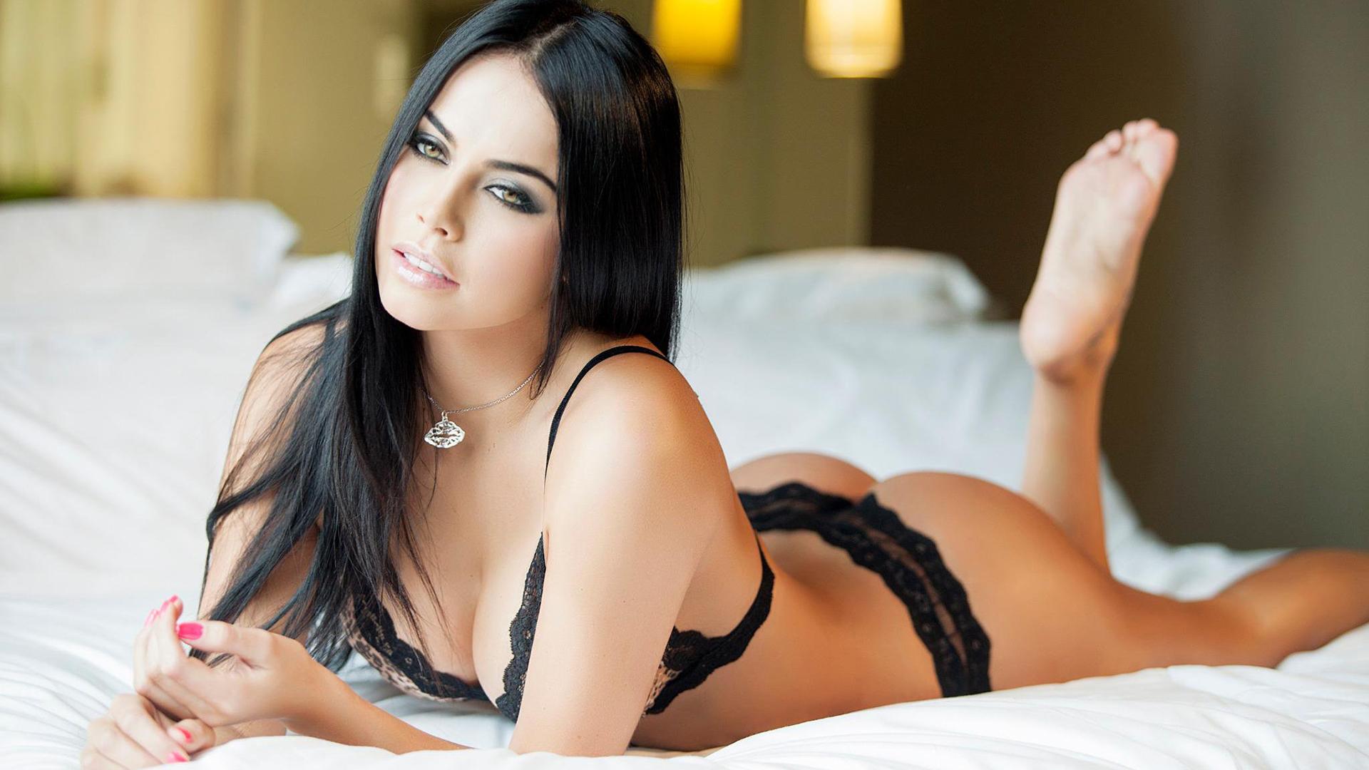 Брюнетки - домашнее порно онлайн