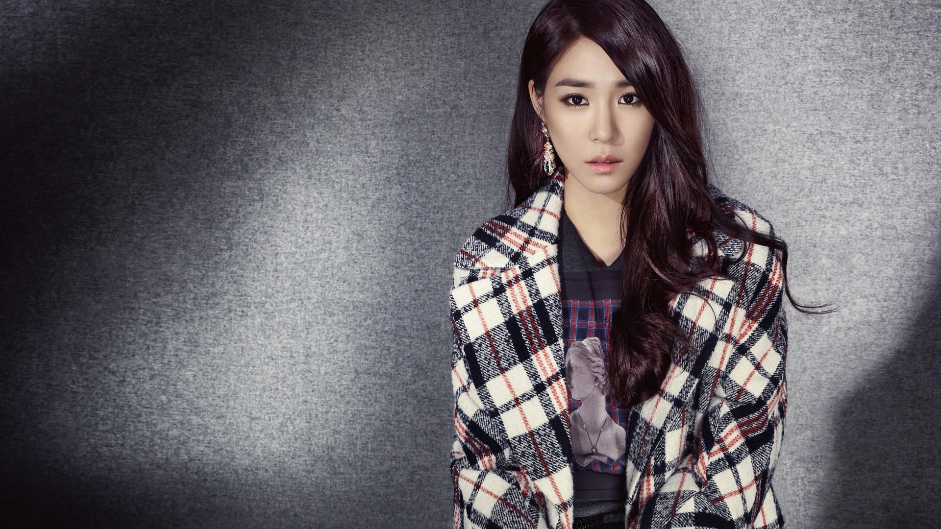 Wallpaper : black, model, long hair, Asian, jacket, pattern