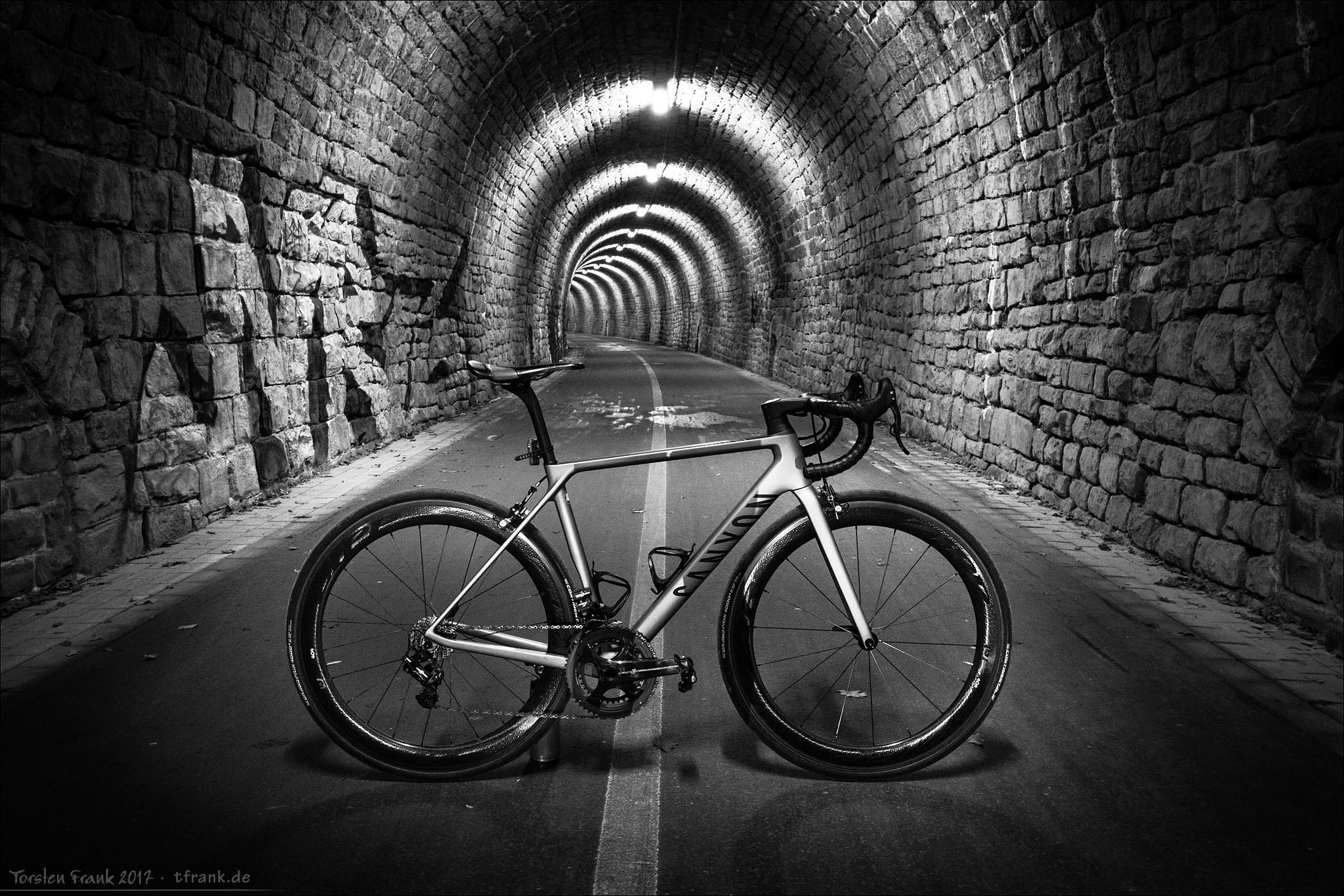 Wallpaper Canyon Tunnel Cycling Angle 404 Light Bike