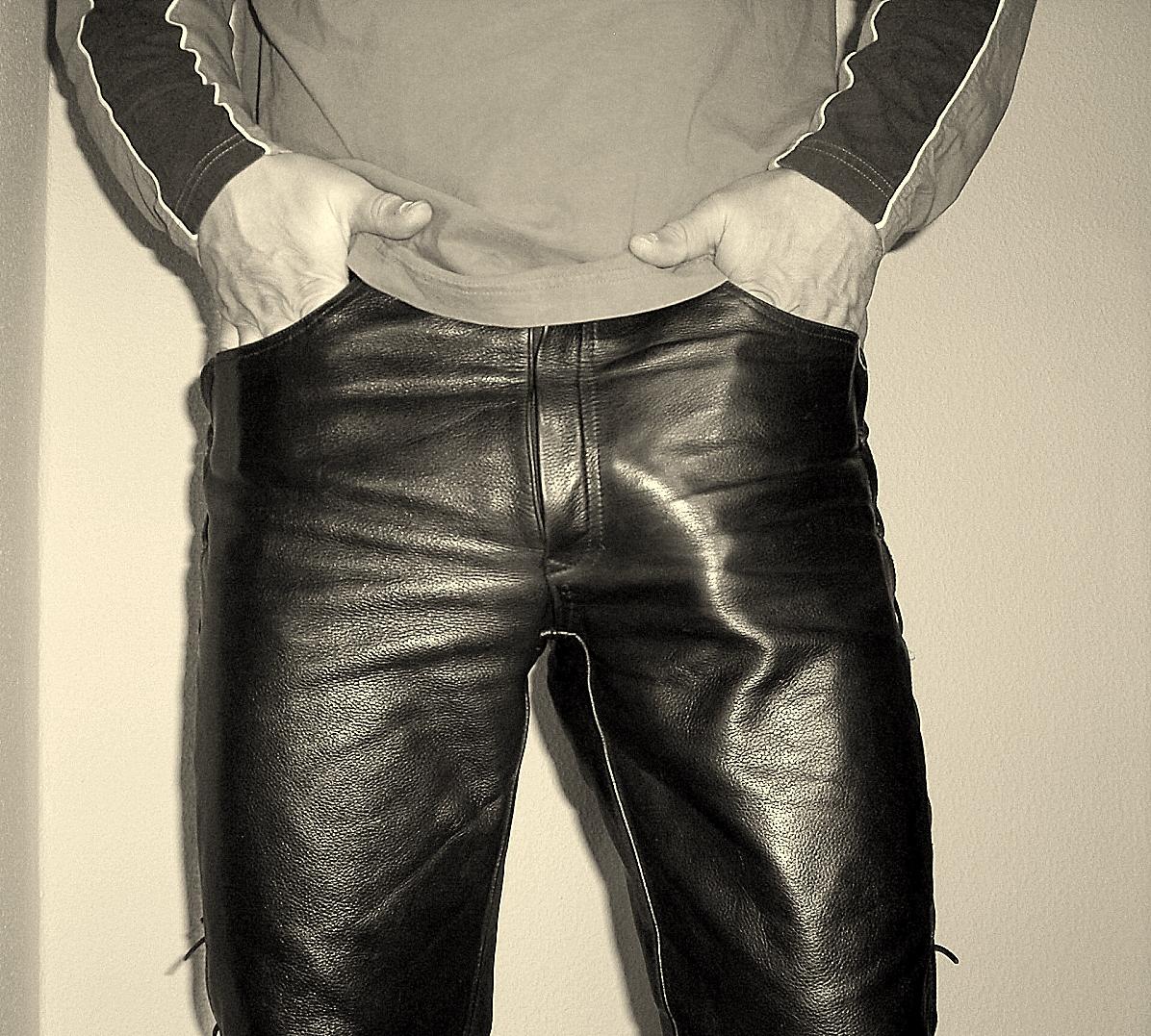 Hot Babe Leather Leggings
