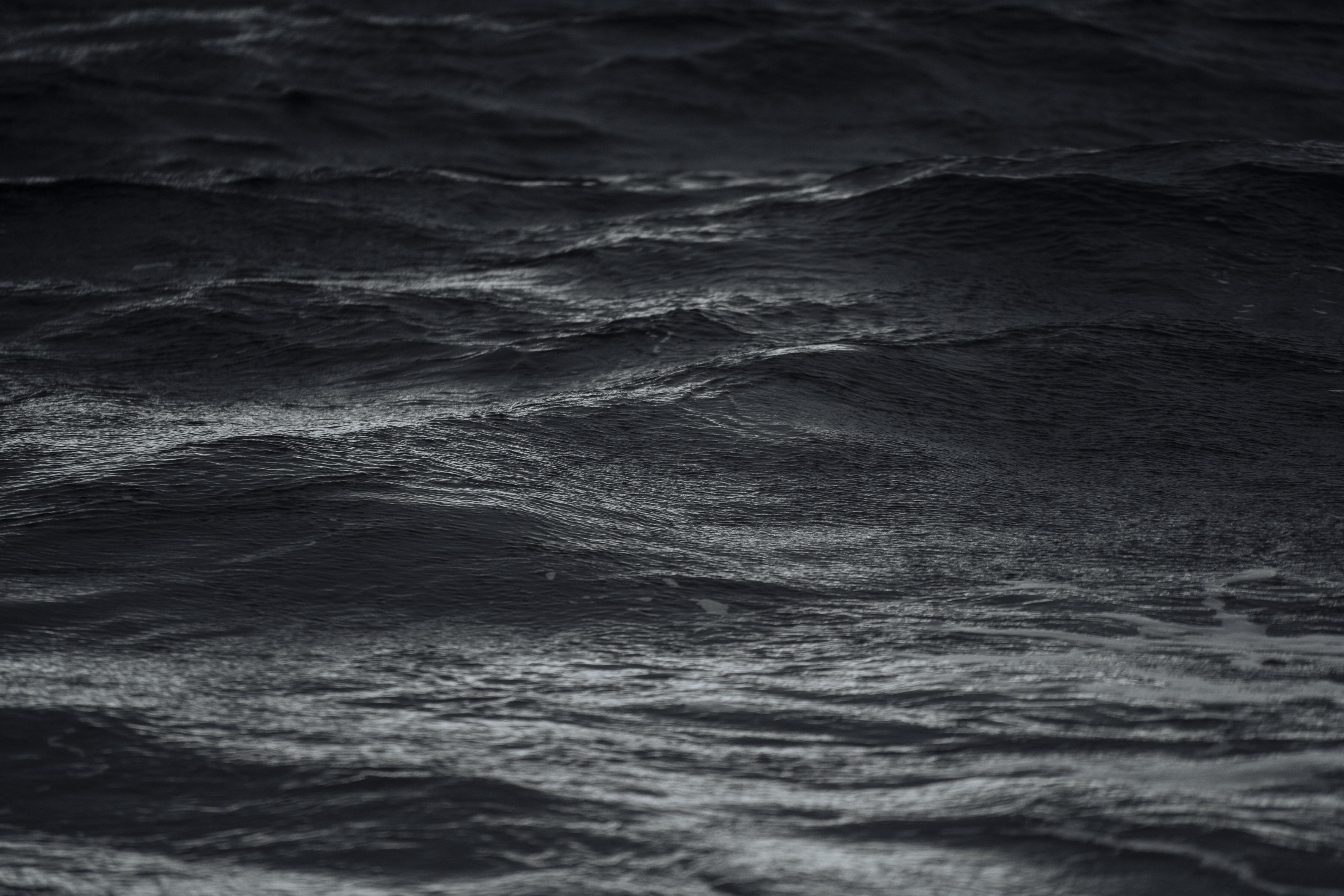 черный океан фото живая