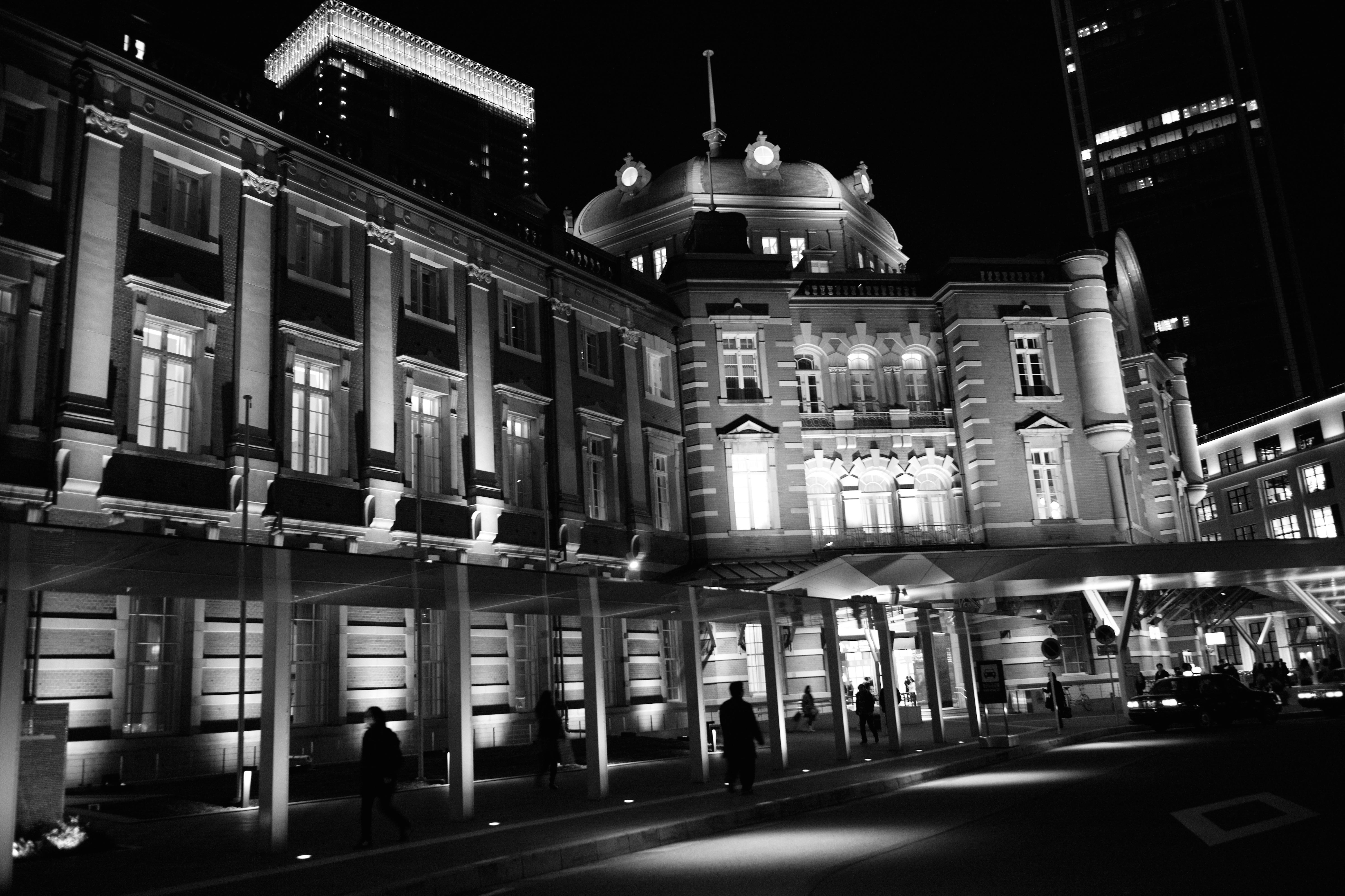 открытки стену как ночью фотографировать архитектуру пара никак