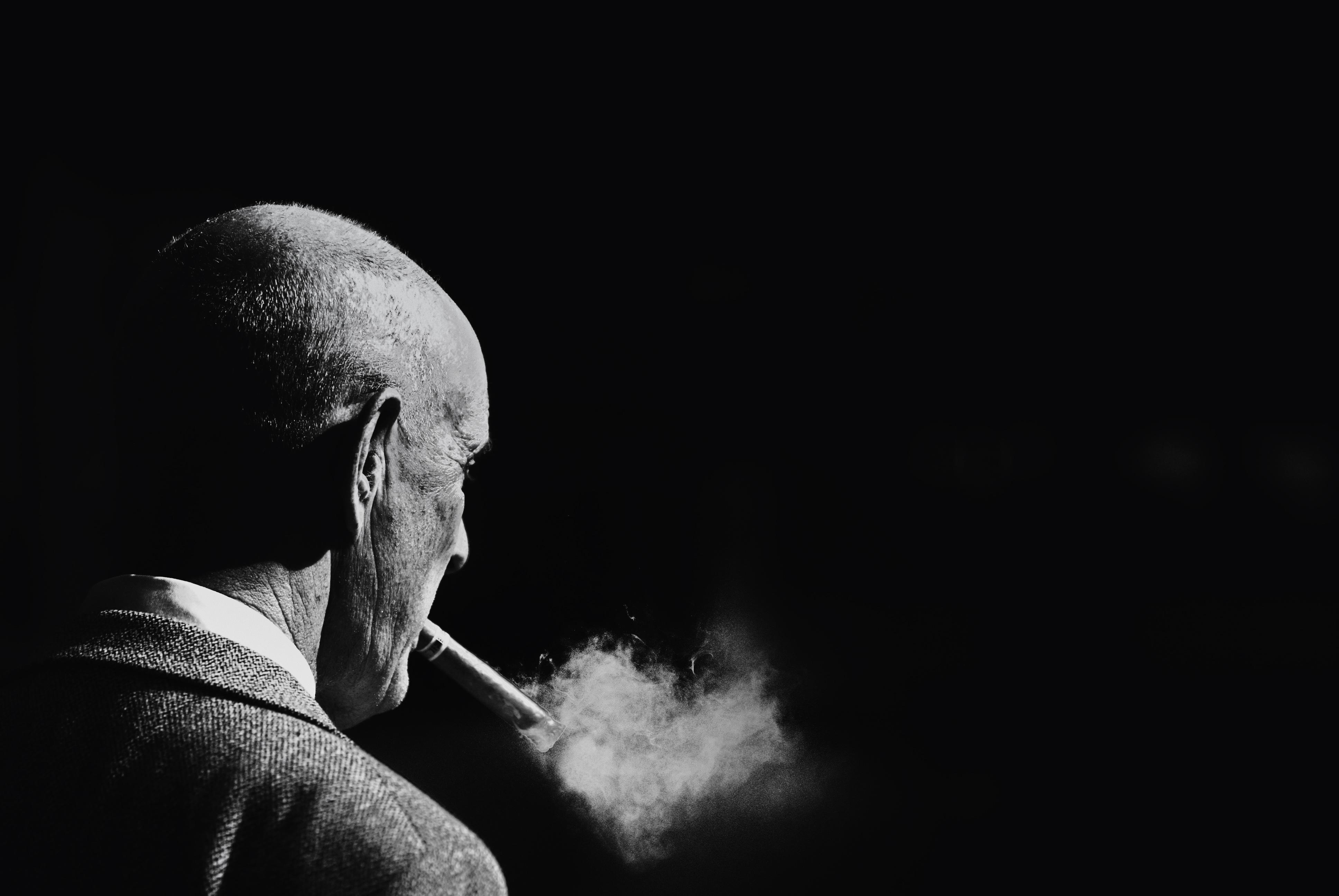 Black Monochrome Street Sky Photography Smoke Bw Man Darkness Highcontrast Telaviv Cigar Puff Computer Wallpaper