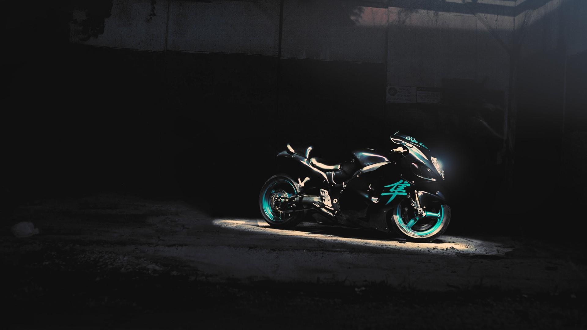 デスクトップ壁紙 黒 夜 オートバイ 車両 青 スーパーバイク スズキ はやぶさ 光 闇 スクリーンショット コンピュータの 壁紙 19x1080 Eudesfilho 2399 デスクトップ壁紙 Wallhere