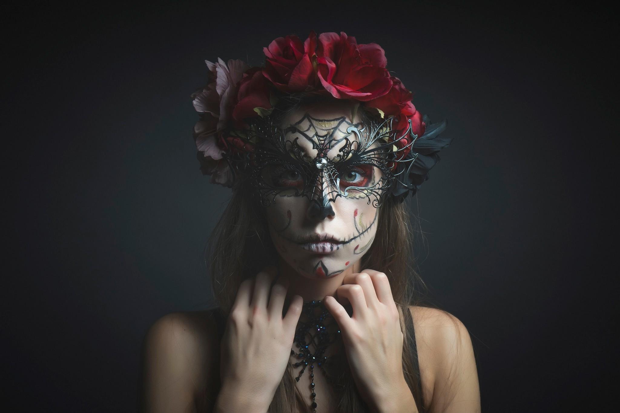 Картинки странной девушки