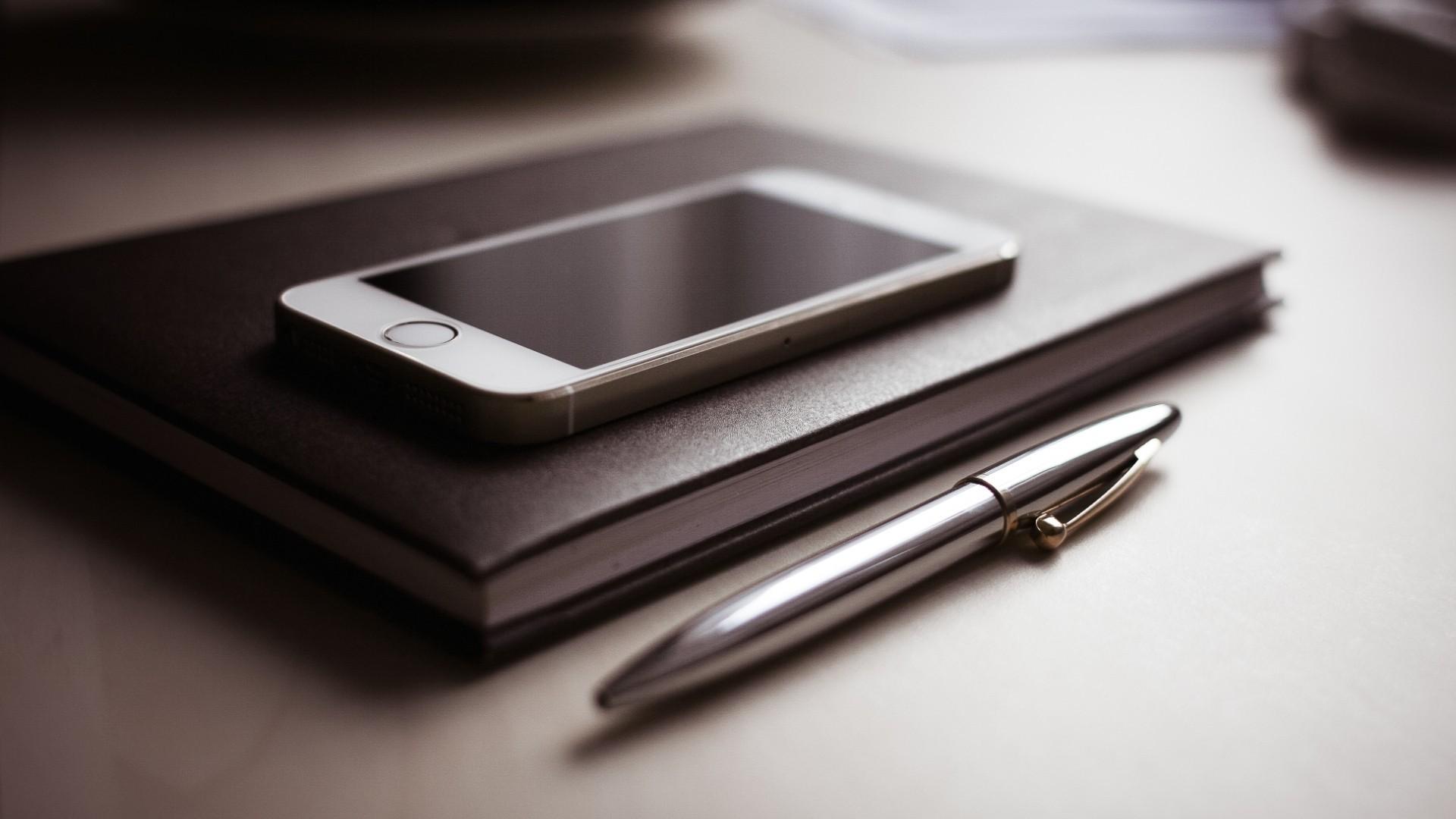 Wallpaper  black, technology, iPhone, writing, brand, D Day, eye ...