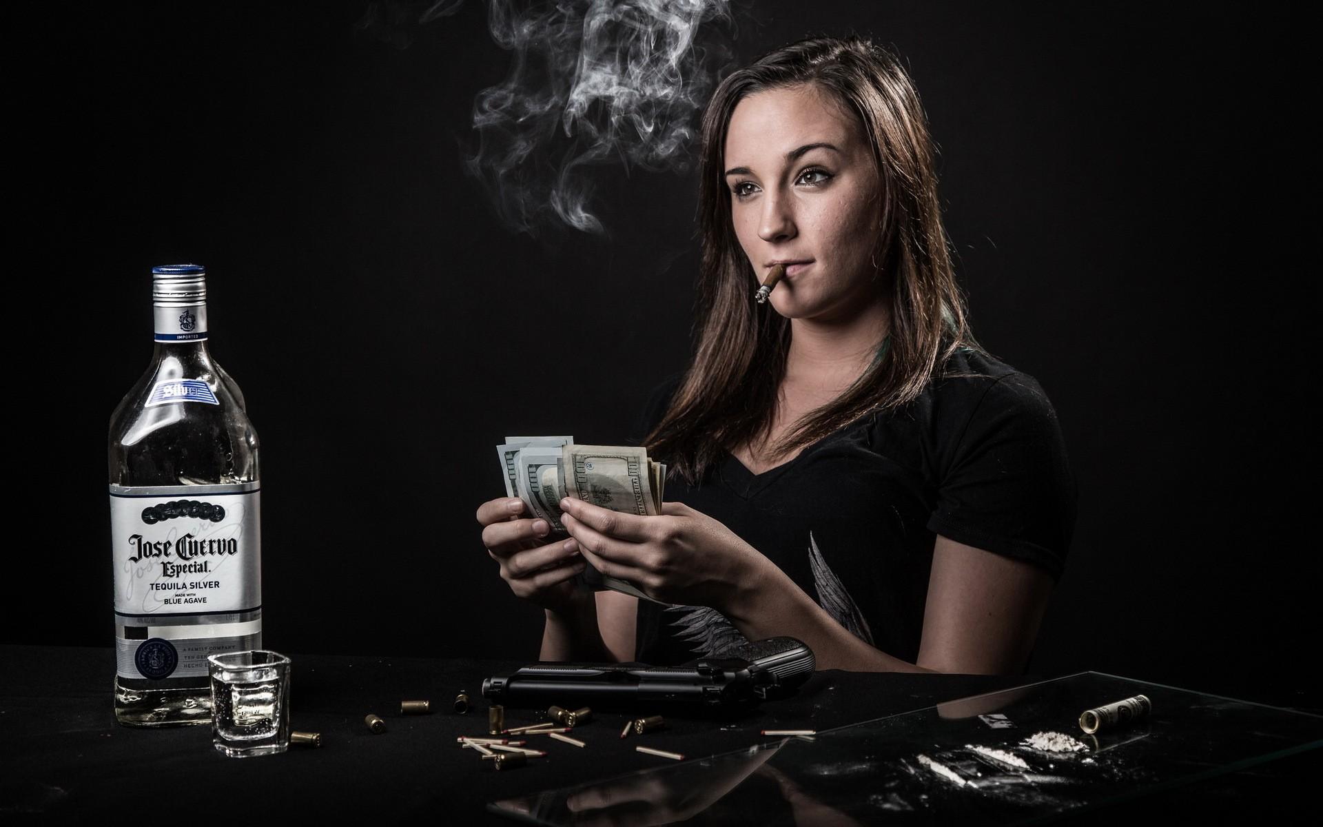 servis bílý kouření