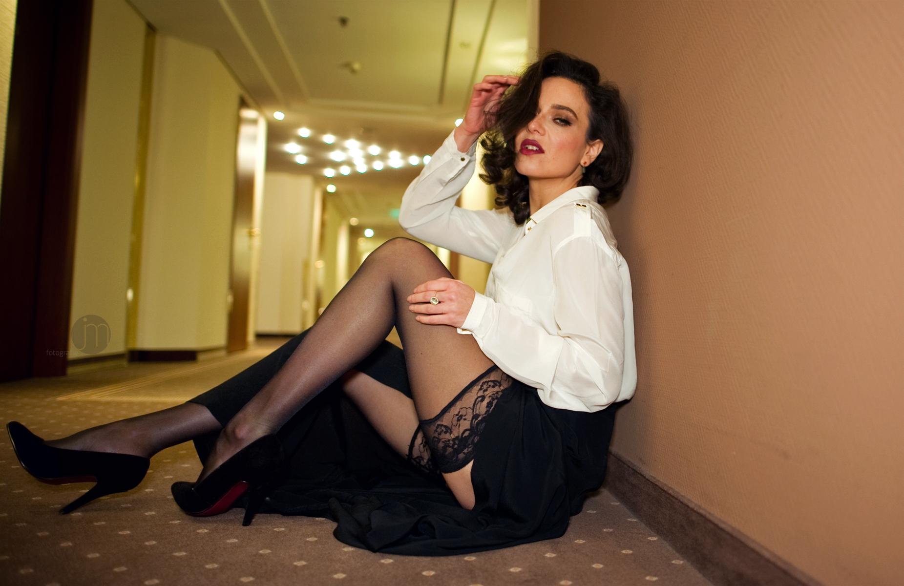 Mature Secretary Hot 51