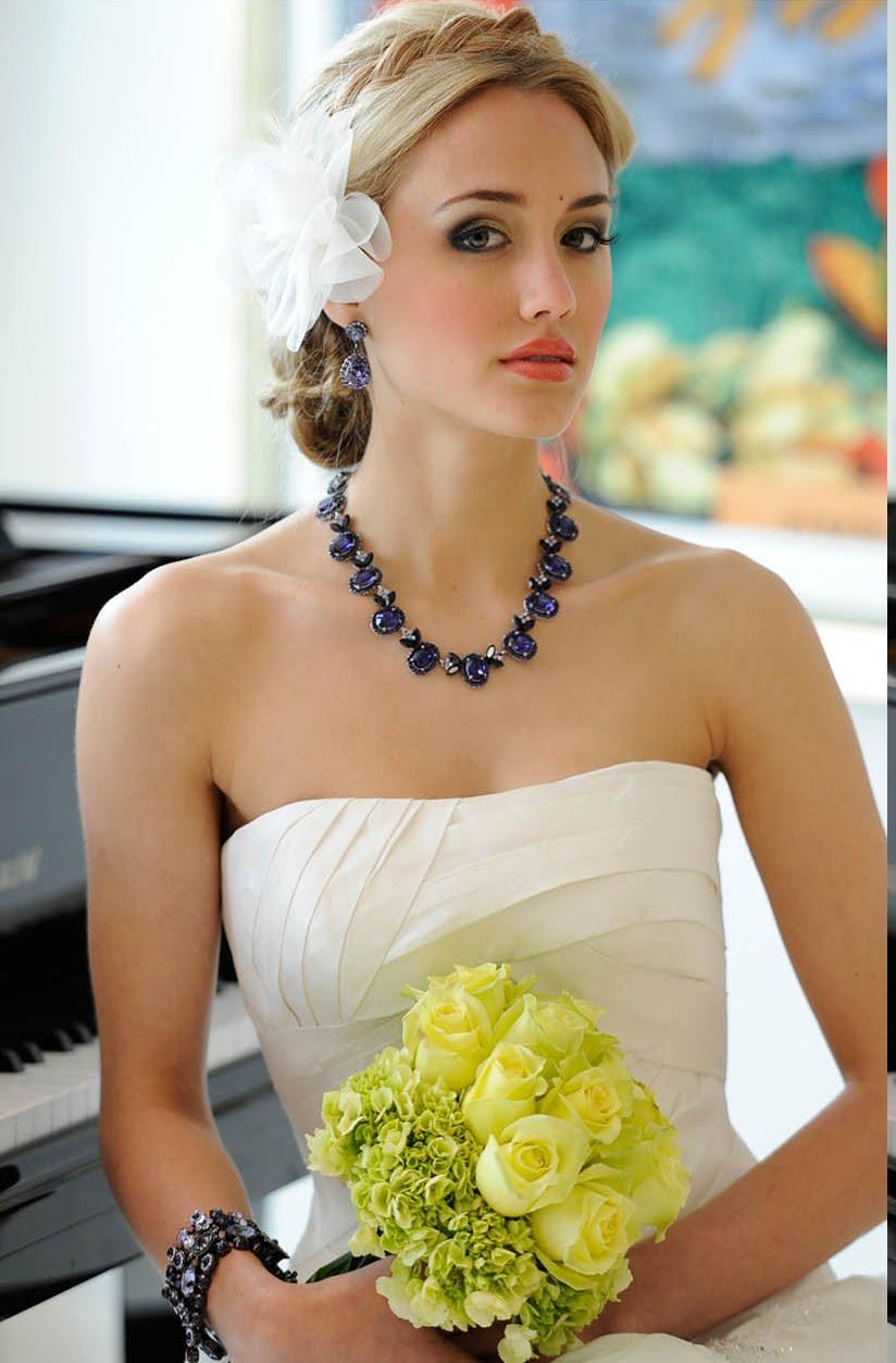 Hintergrundbilder : blond, Kleid, Armbänder, Gelb, Klavier ...