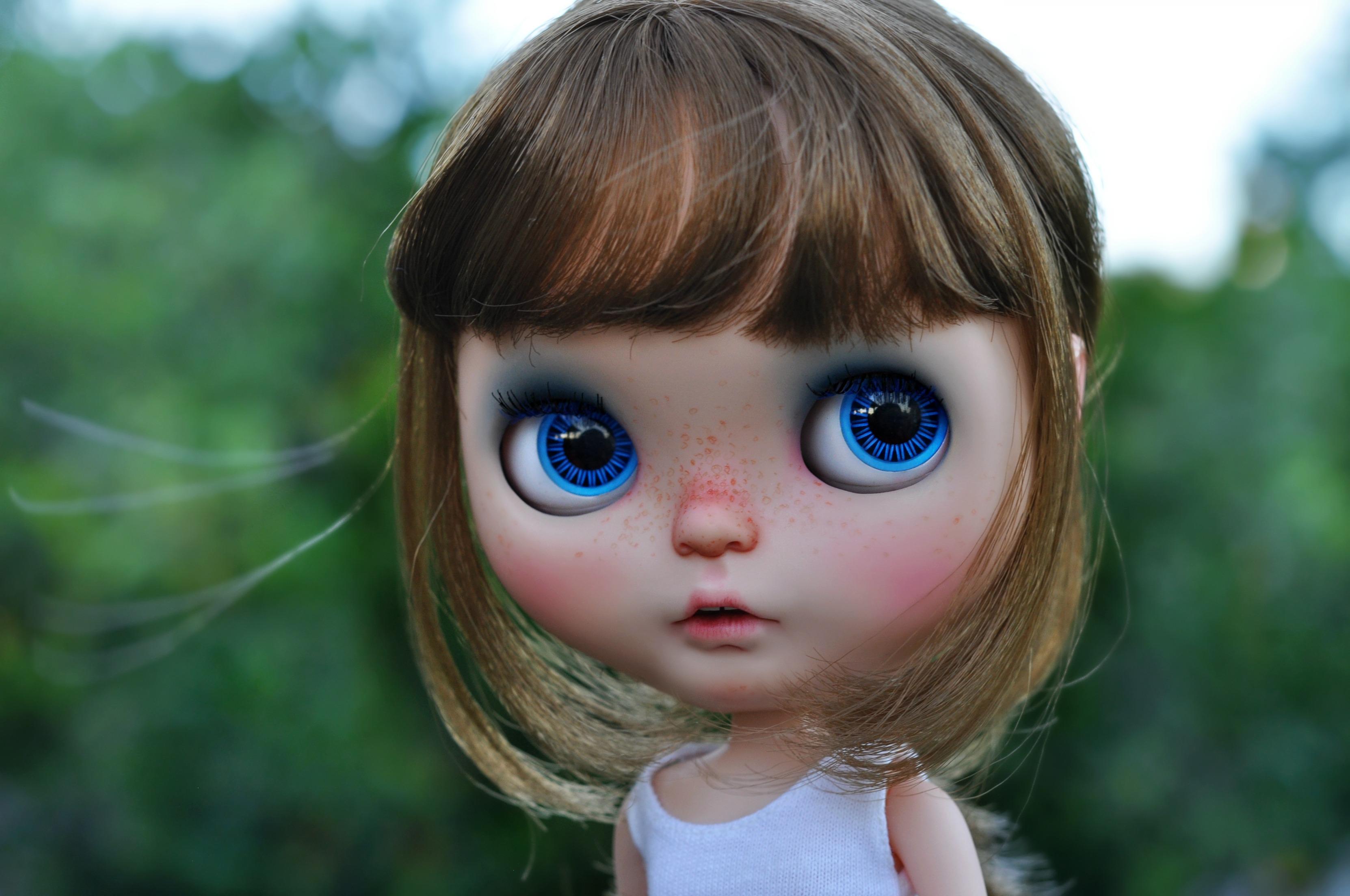 картинки только глаза кукол начала заниматься художественной