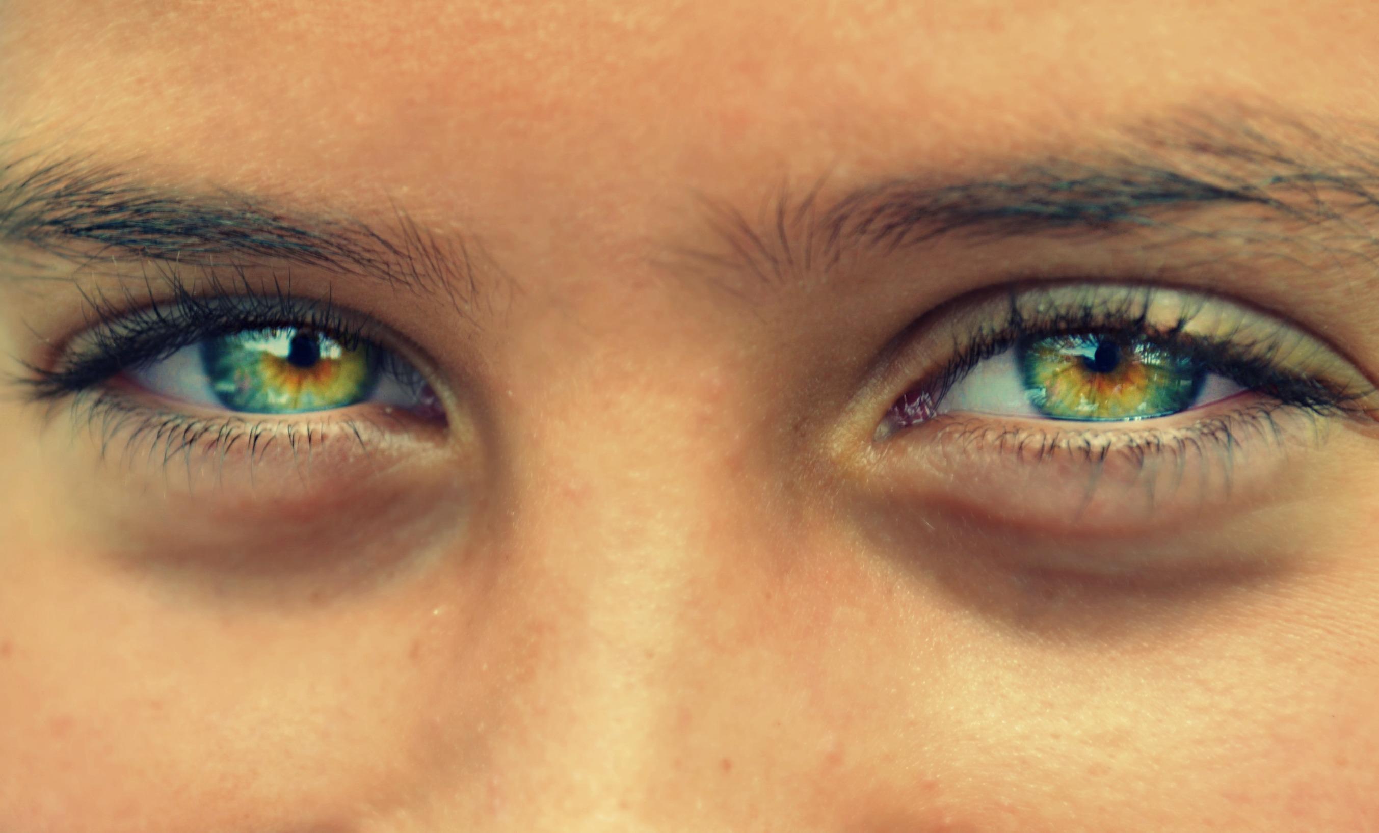 зеленые глаза фото или картинка работ айвазовского