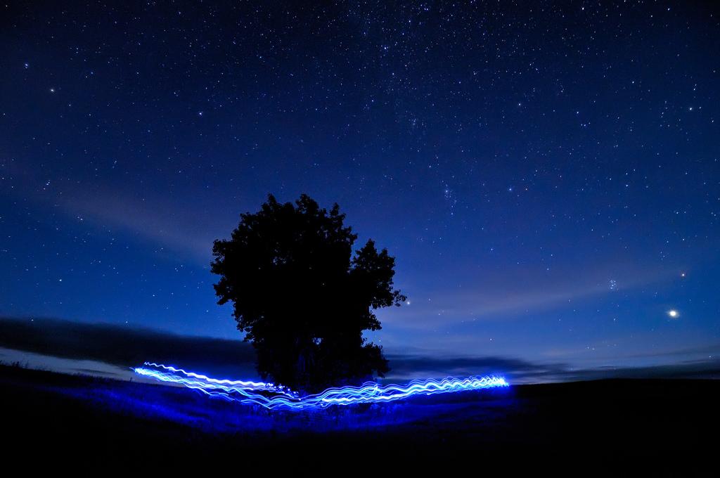 Fond d'écran : bleu, ciel, Mars, peinture claire, arbre, la nature, cercle, étoiles, paysage ...