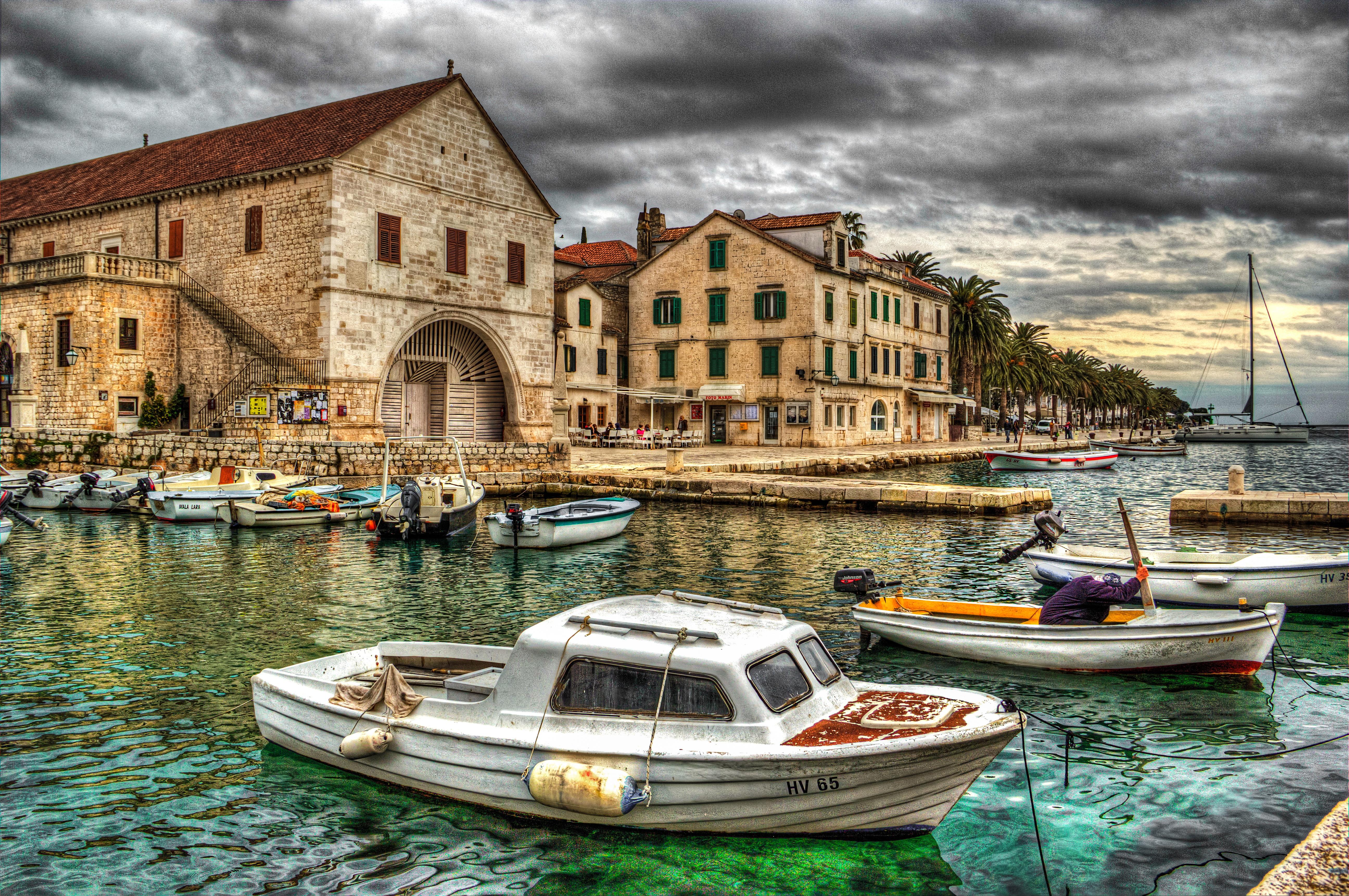 Hintergrundbilder : Boot, alt, Stadt, Wasser, Betrachtung, Himmel ...