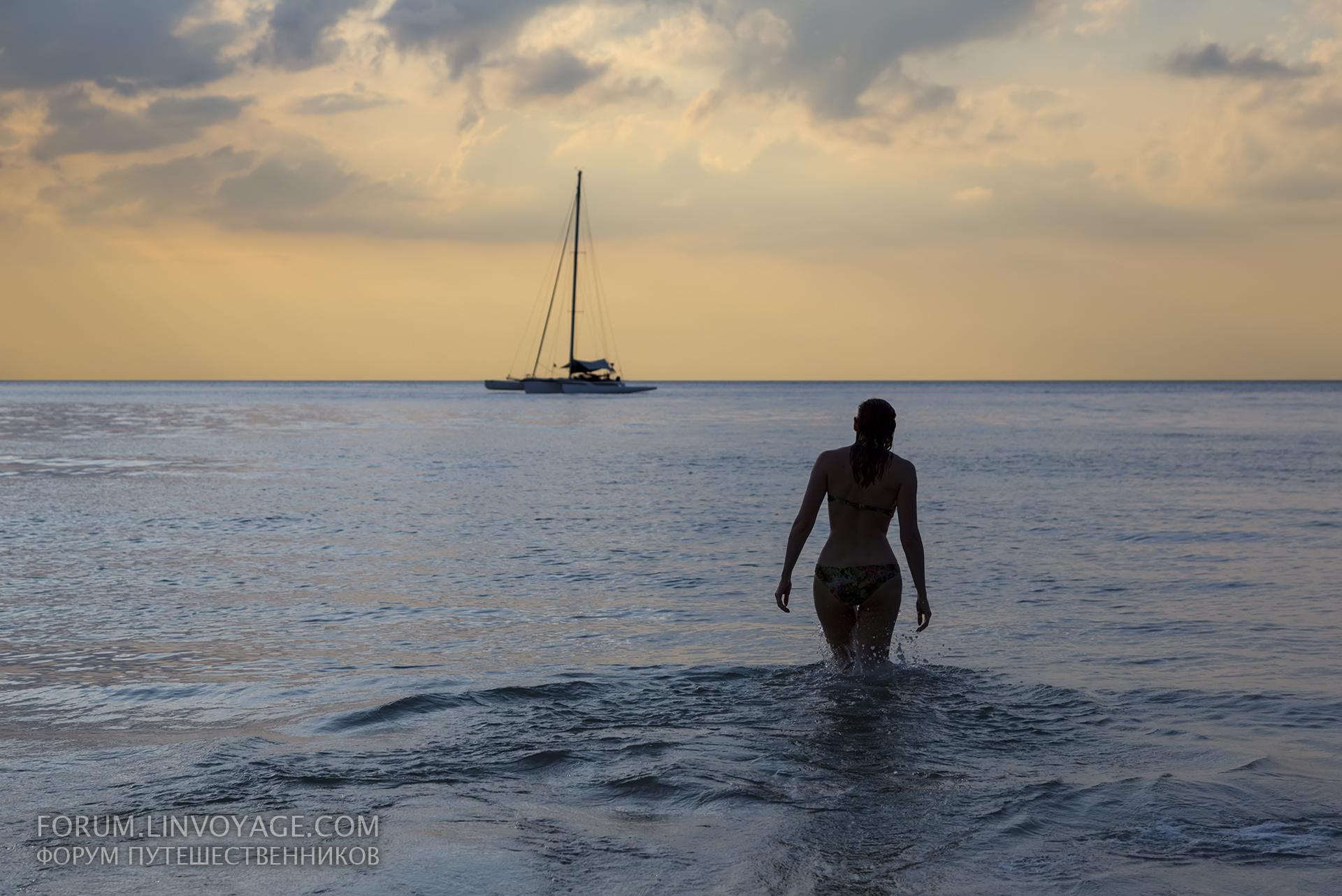 デスクトップ壁紙 ボート 女性 日没 海岸 砂 車両 シルエット 雲 ビーチ 日の出 太陽 地平線 ハッピー ヨット 幸福 タイ カタマラン かなり 可愛い 屋外 女の子 海洋 楽しい セクシー プーケット スリム カマラ パトン お祝い 水域
