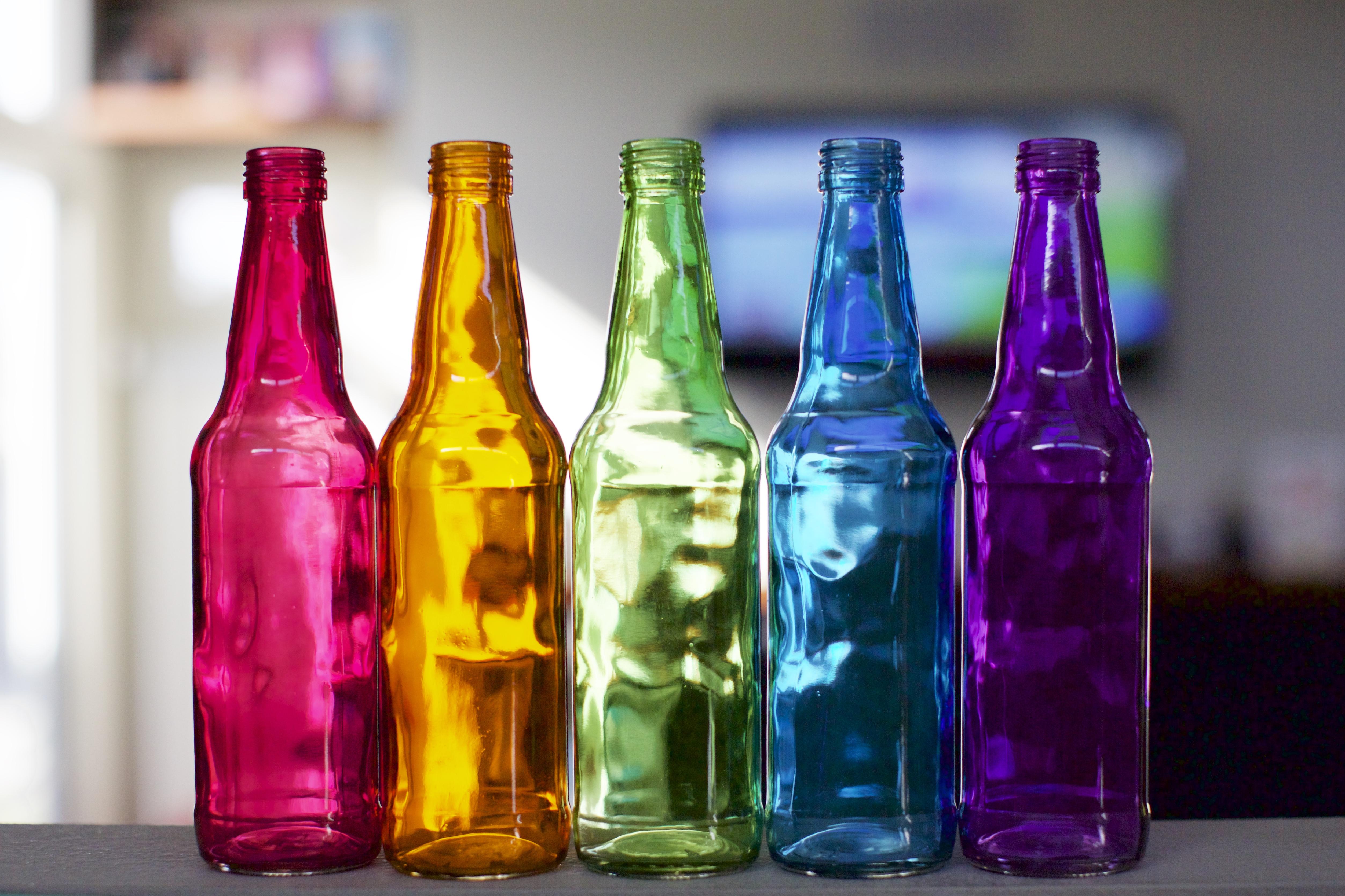 Несколько бутылок картинка
