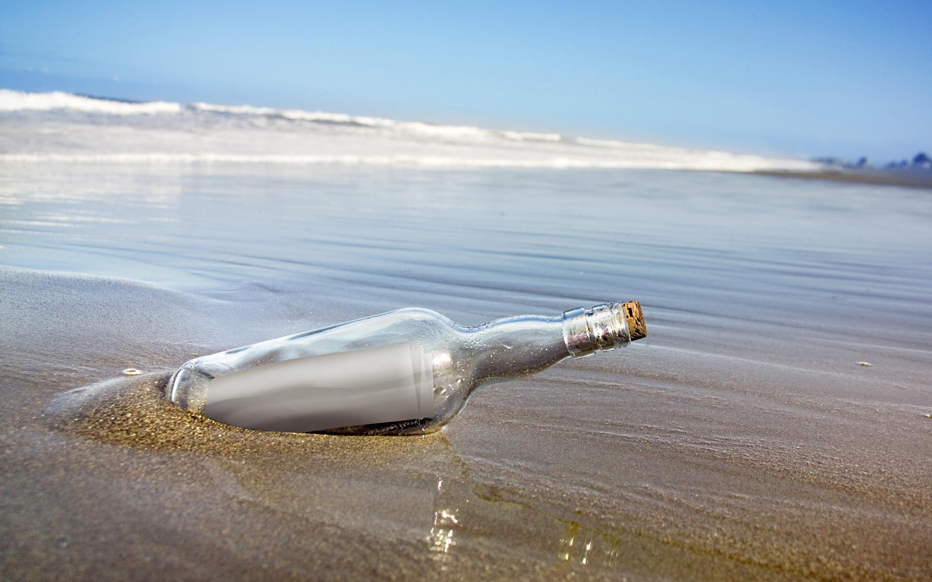 выполнена картинки бутылок в море розы можно