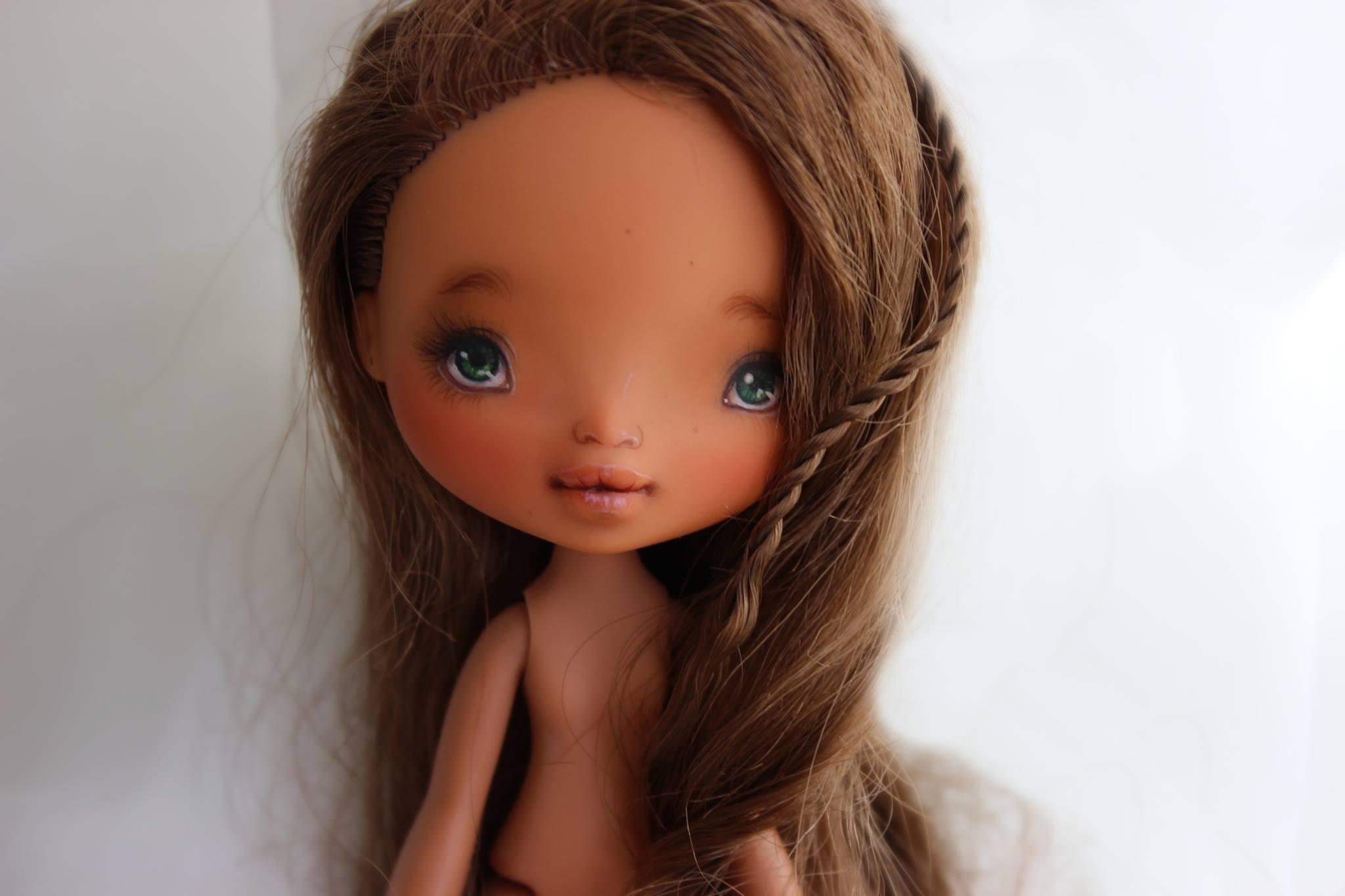 Masaüstü Kahverengi Sevimli Bir Bebek Benzersiz Ooak