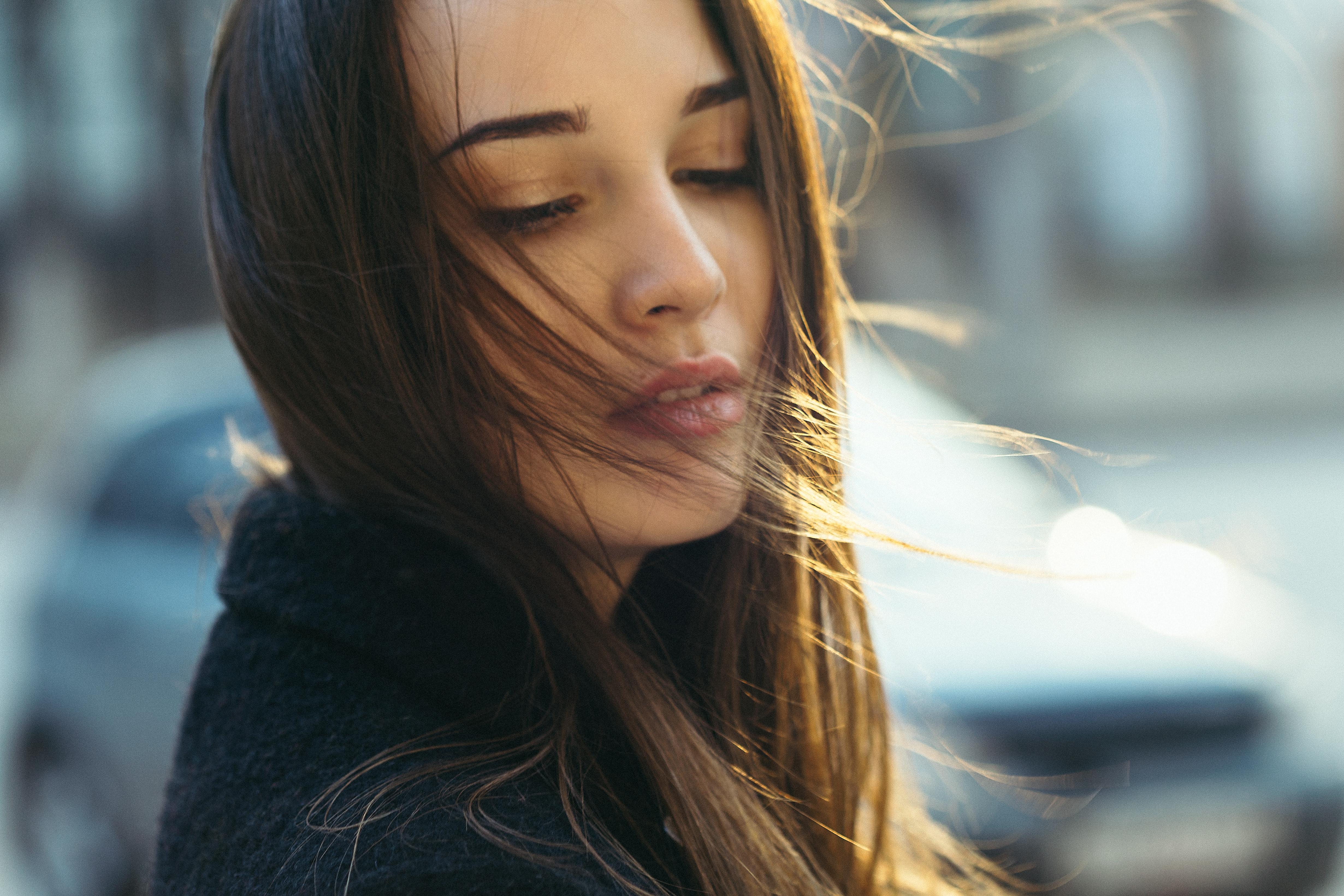 94e352e9412e bruneta hnedé oči otvorenými ústami tvár vietor Dmitry Takemethere ženy