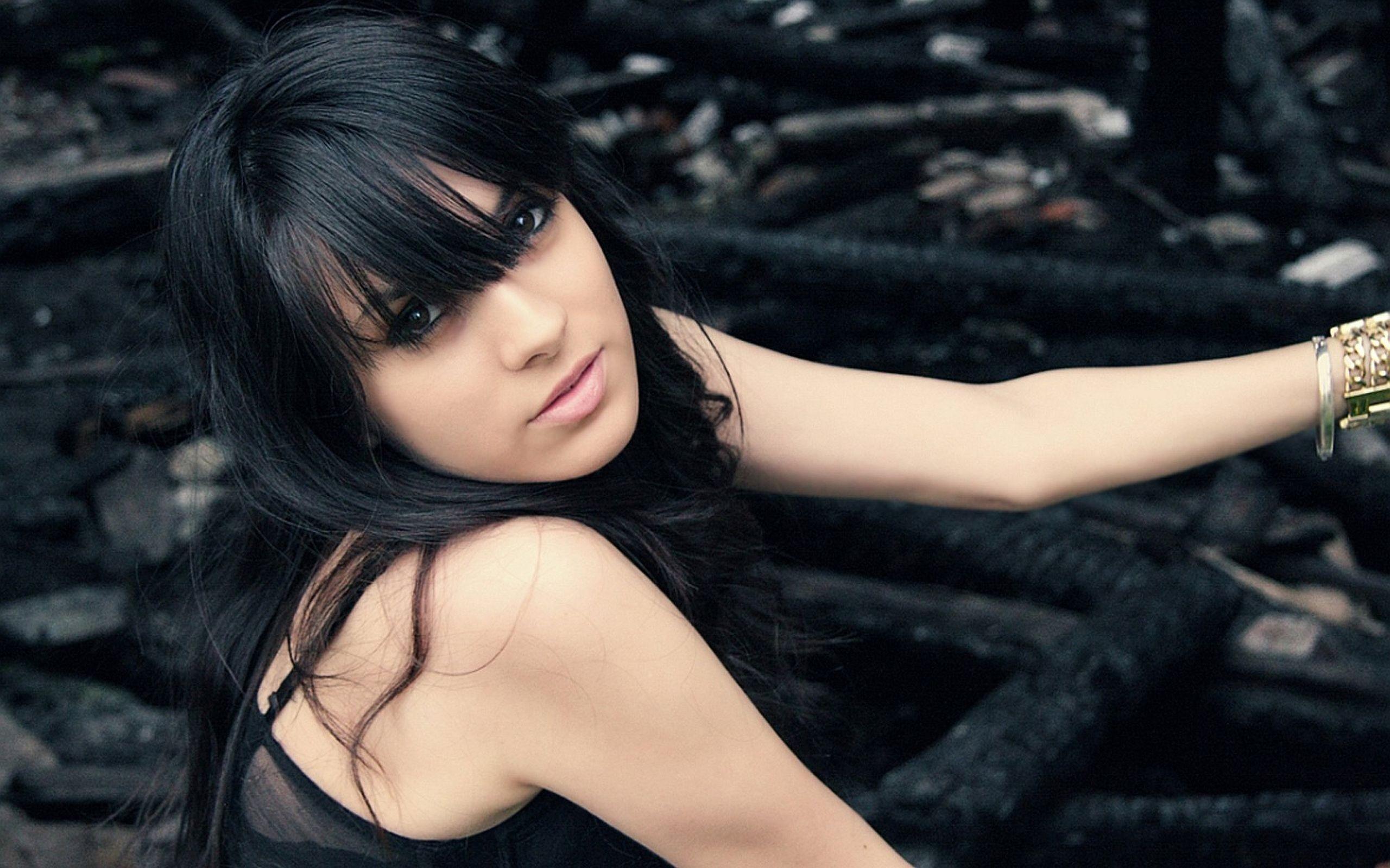 beautiful-black-hair-free-videos-belarus-yellow-hair-cute-nude