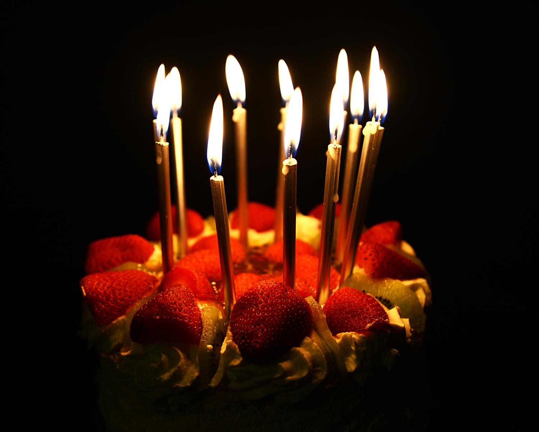 туда красивые картинки тортики со свечами без пояса было