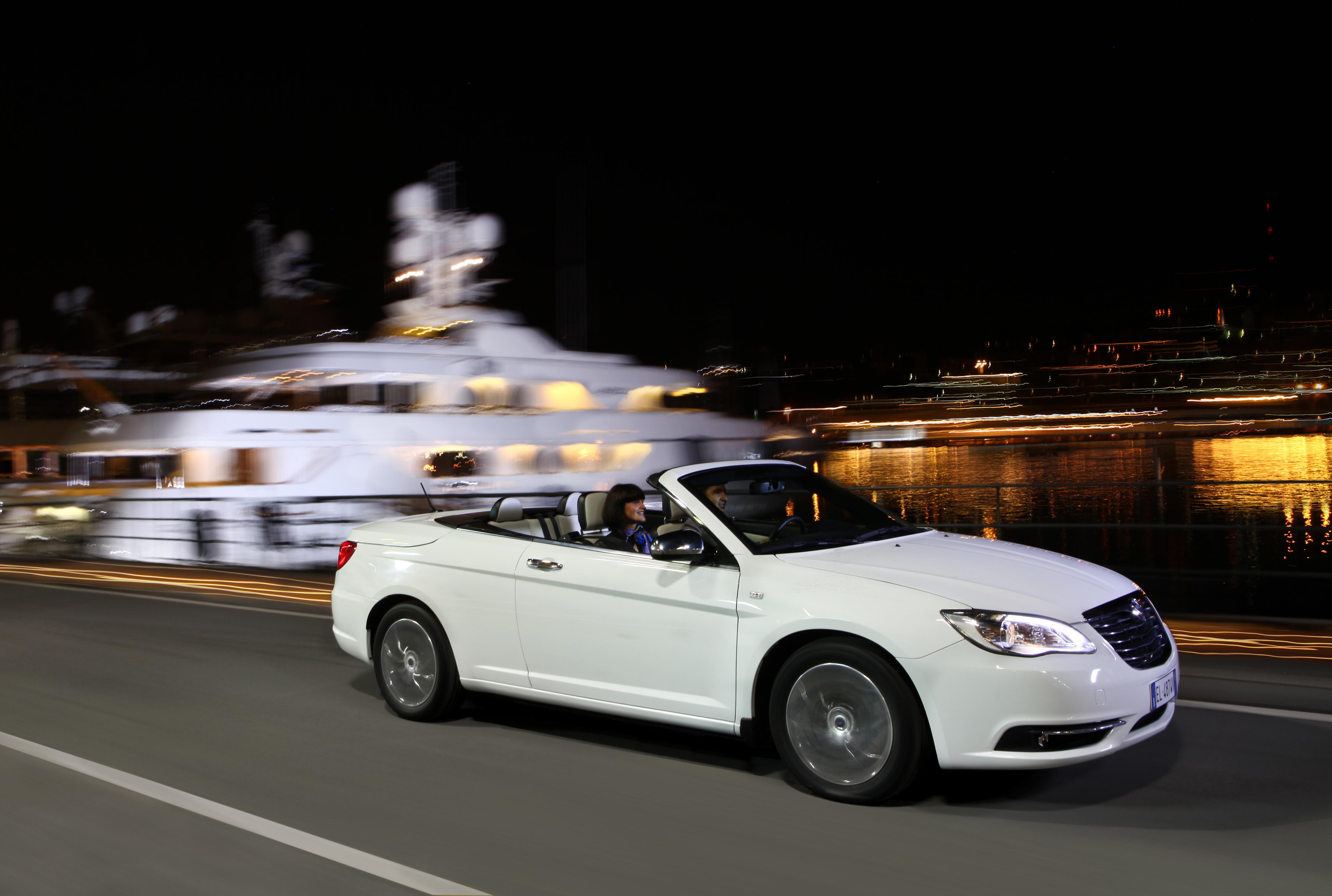 https://get.wallhere.com/photo/car-BMW-vehicle-2013-Convertible-Sedan-netcarshow-netcar-car-images-car-photo-Lancia-Flavia-land-vehicle-automotive-design-automobile-make-luxury-vehicle-personal-luxury-car-executive-car-mid-size-car-bmw-6-series-421448.jpg