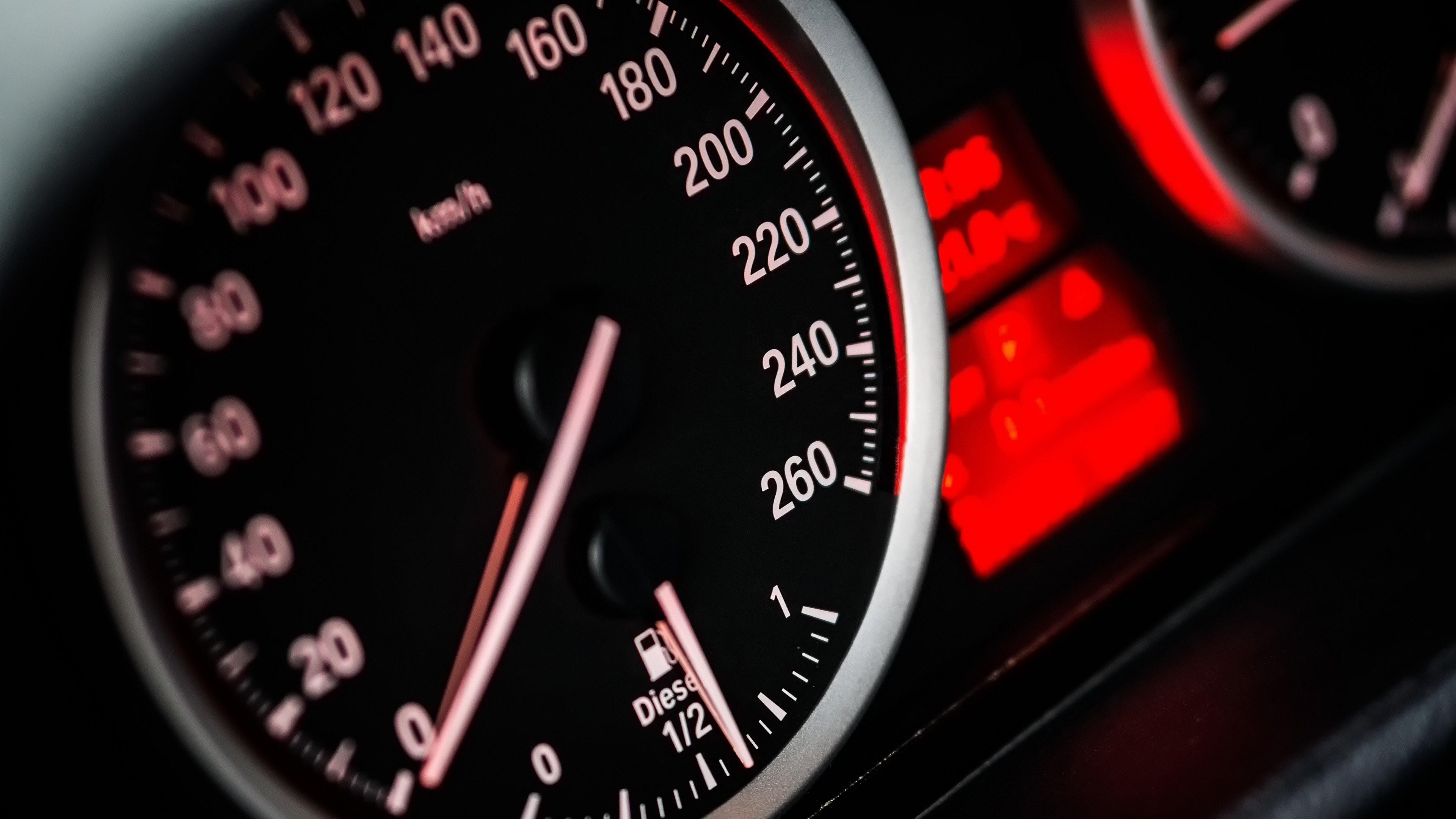 Wallpaper : BMW, Porsche, speedometer, steering wheel