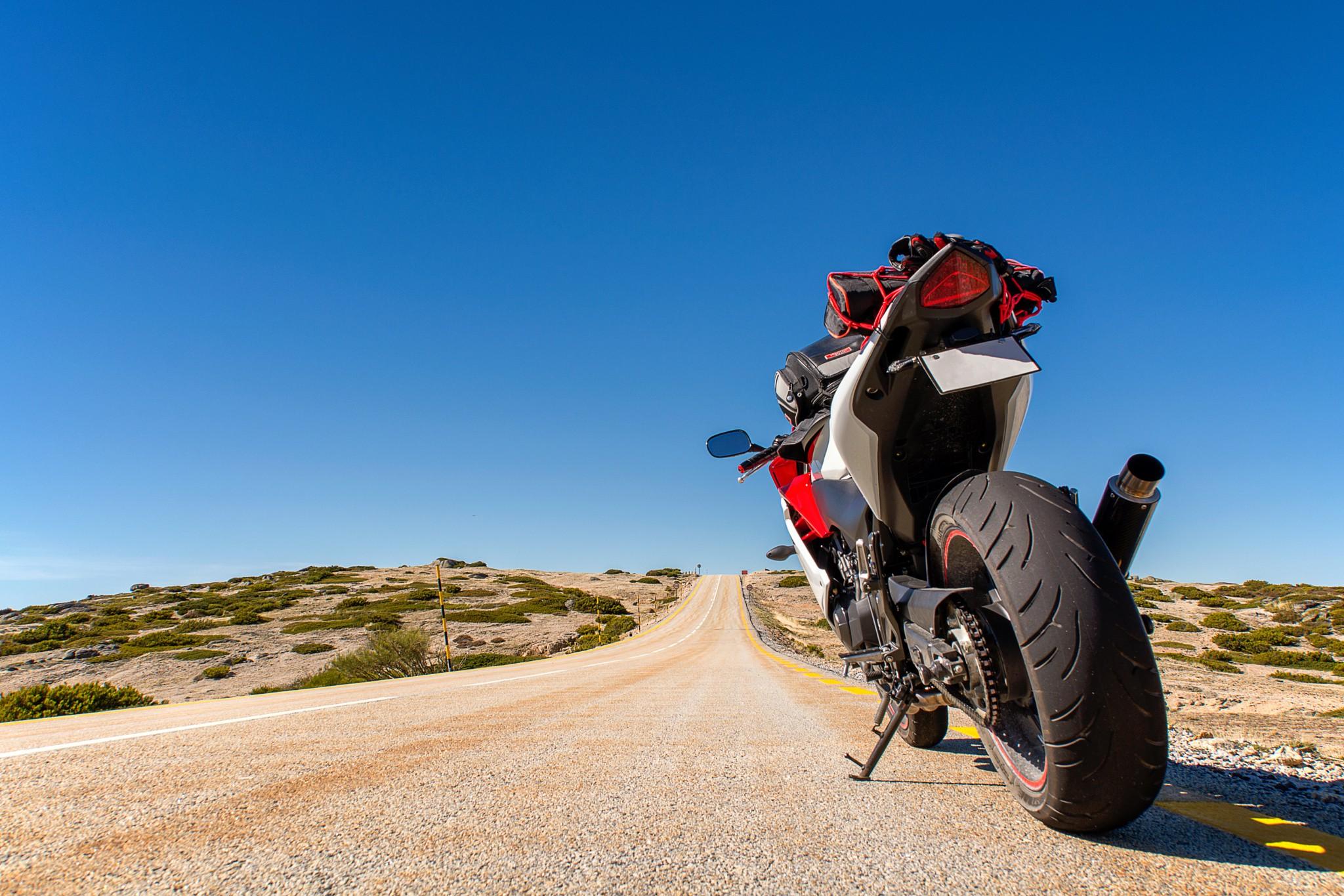 если картинки мотоциклист на дороге этого нужно составить