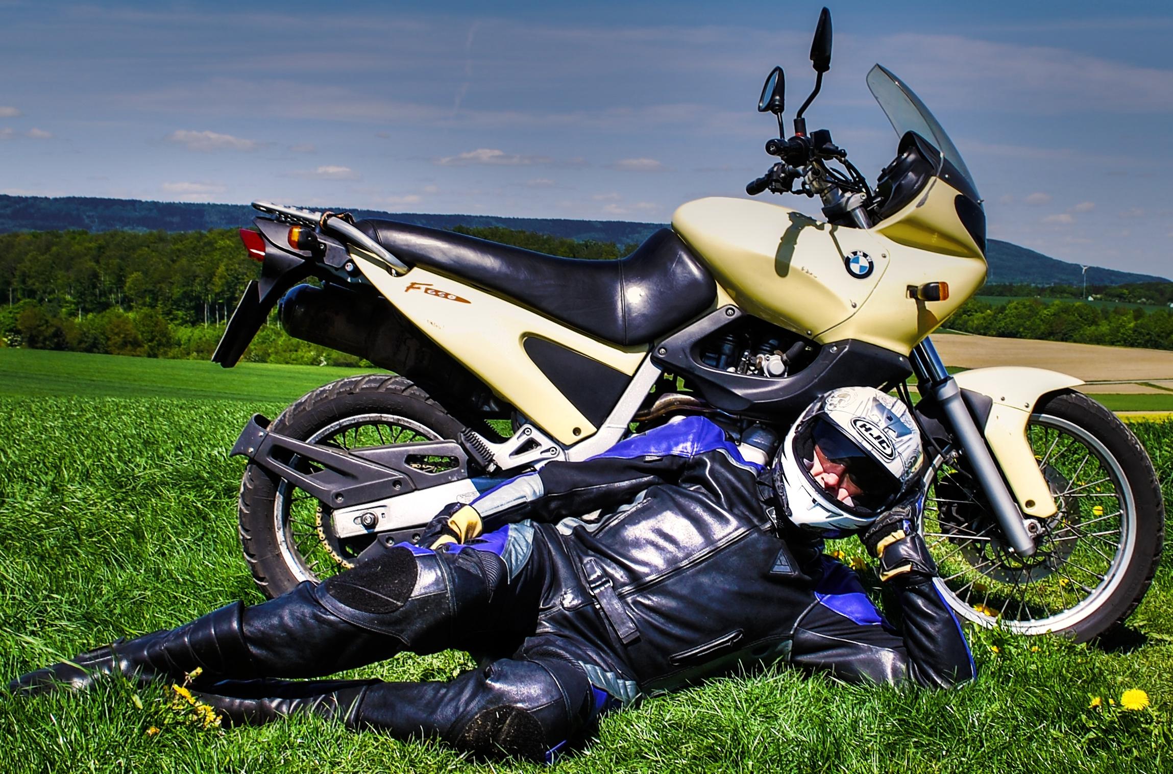 Wallpaper Car Grass Helmet Honda Yamaha Driver