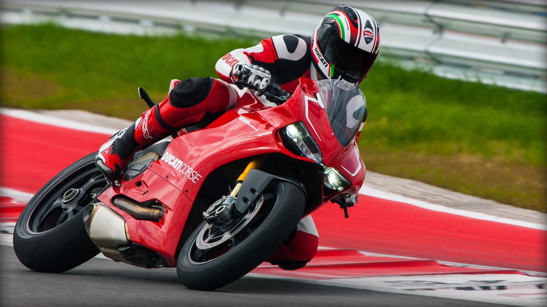 Wallpaper Car Honda Ducati 2013 Motorsport Motorcycling Land