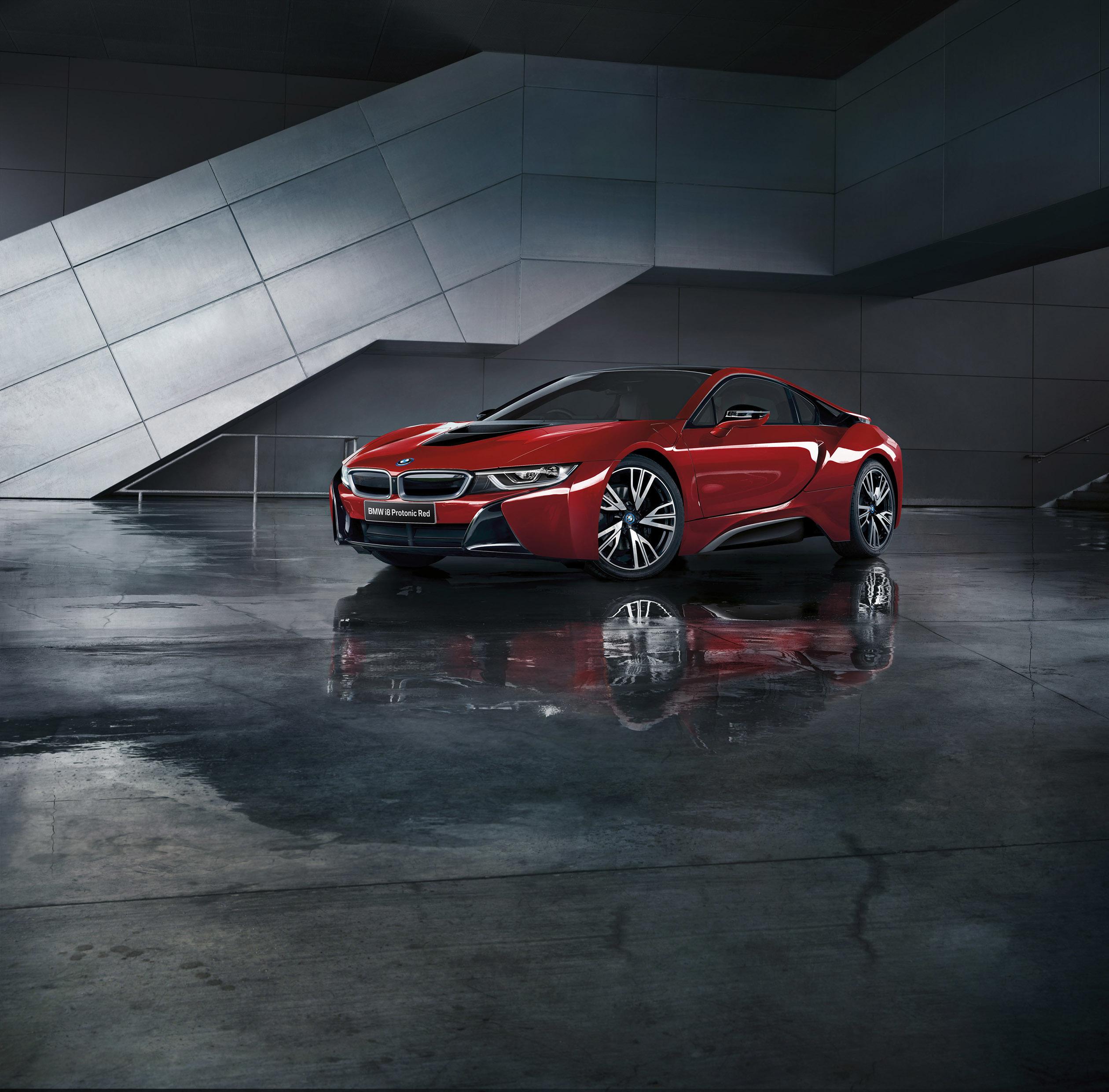 Voiture Rouge BMW Véhicule Vue De Côté Voiture De Sport Voiture Performante  Supercar I8 Capture D
