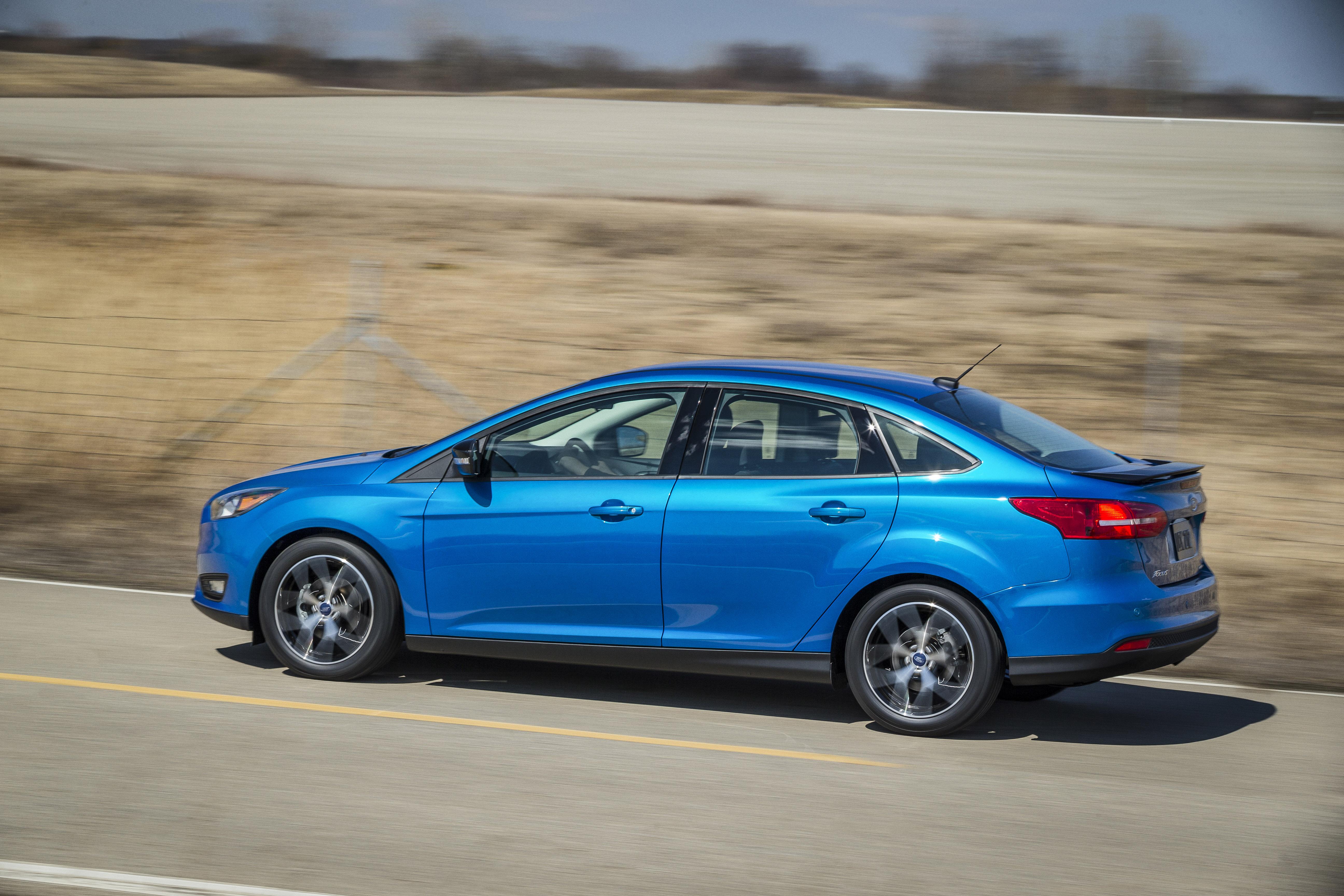 Каталог - Детали кузова - Бампер Ford Focus
